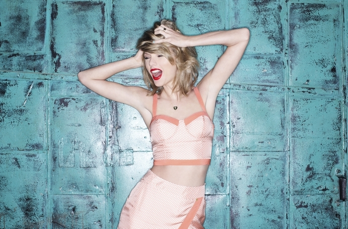 Taylor Swift is making a break from country radio, a vital source of support. (New York Times)