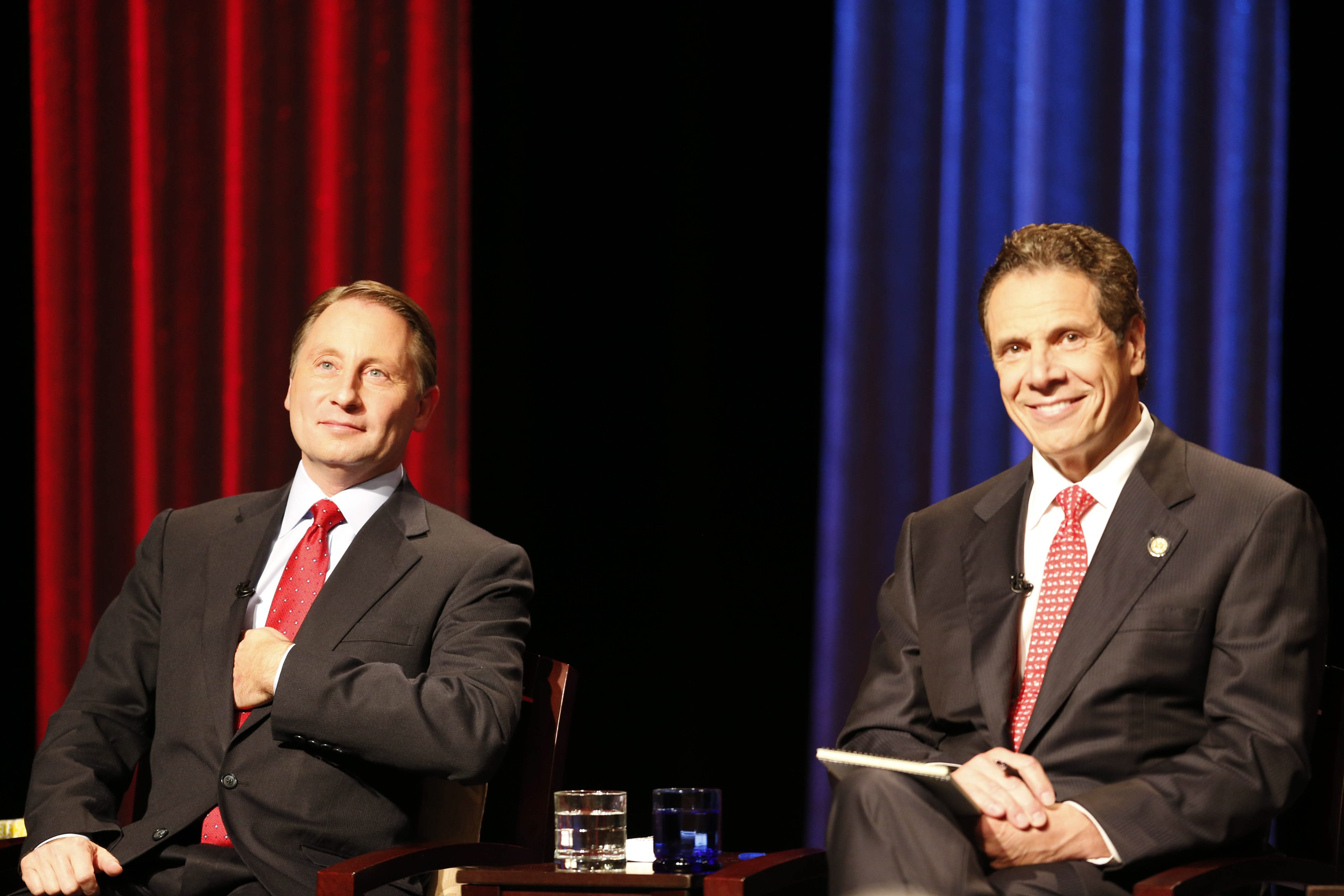 New York gubernatorial candidates Rob Astorino, left, and Gov. Andrew Cuomo participate in a debate sponsored by The Buffalo News and WNED-WBFO at WNED Studios in Buffalo, N.Y., Wednesday, Oct. 22, 2014.  (Derek Gee/Buffalo News)