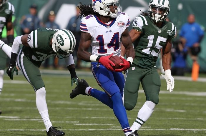 Bills receiver Sammy Watkins pulls away from Jets cornerback Darrin Walls (30) on a second-quarter catch. Watkins began to celebrate too early and was stopped at the 5-yard line by New York's Saalim Hakim. (James P. McCoy/Buffalo News)
