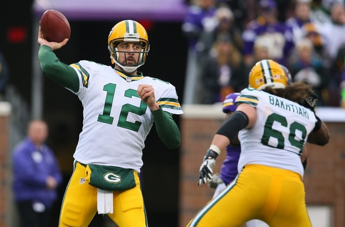 Aaron Rodgers leads the Packers against the Patriots at Green Bay. (Getty Images)