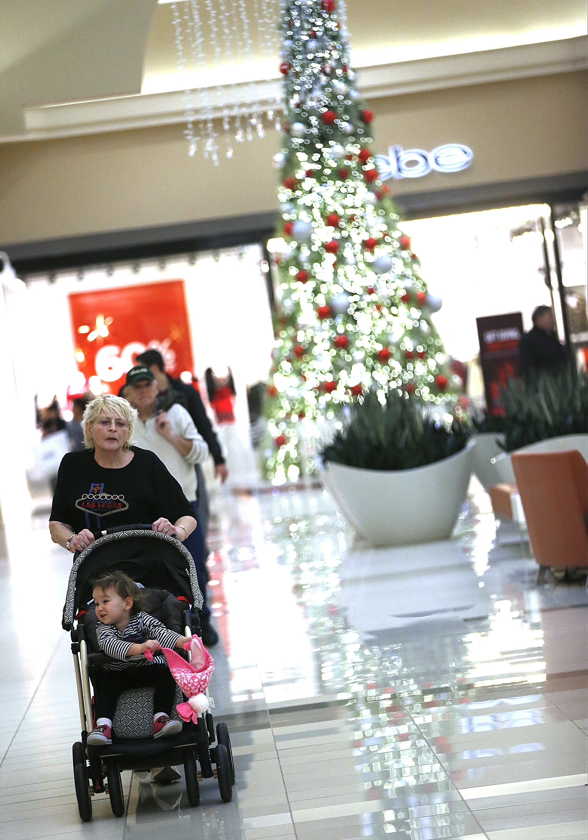 Fashion Outlets of Niagara Falls will kick off its Fashionably Late celebration at 8 p.m. today.