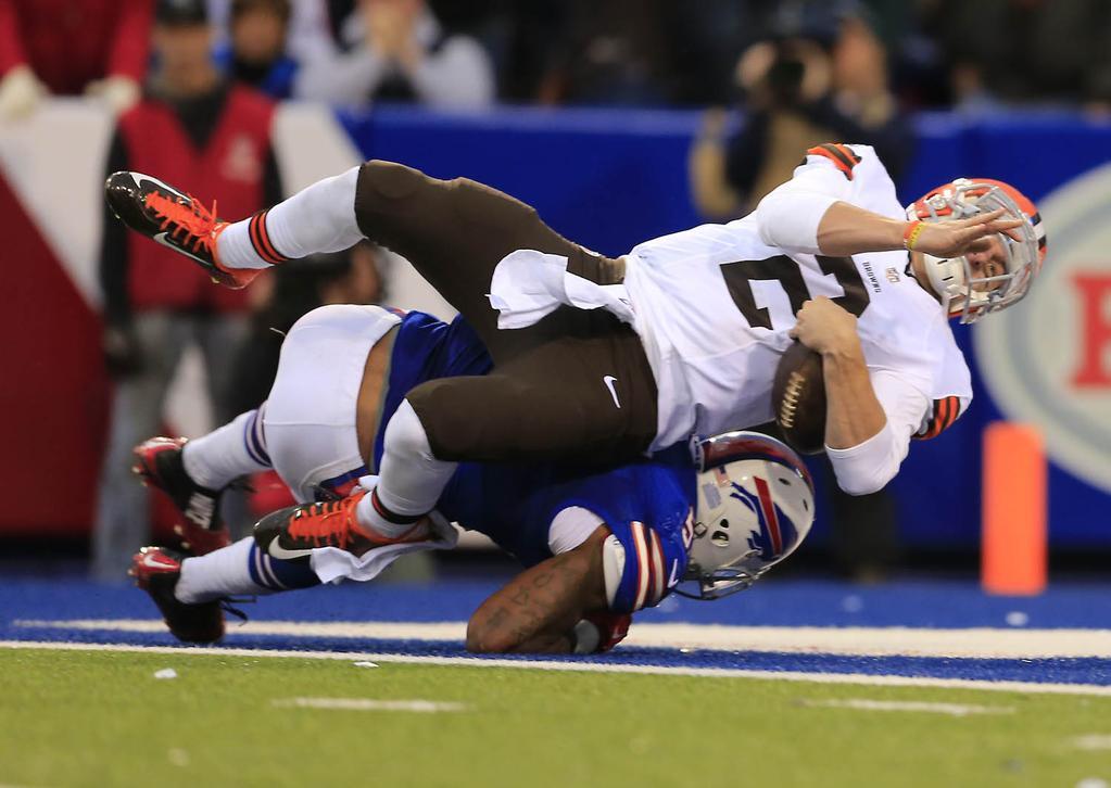 Johnny Manziel runs for a fourth-quarter touchdown. (Harry Scull Jr./Buffalo News)