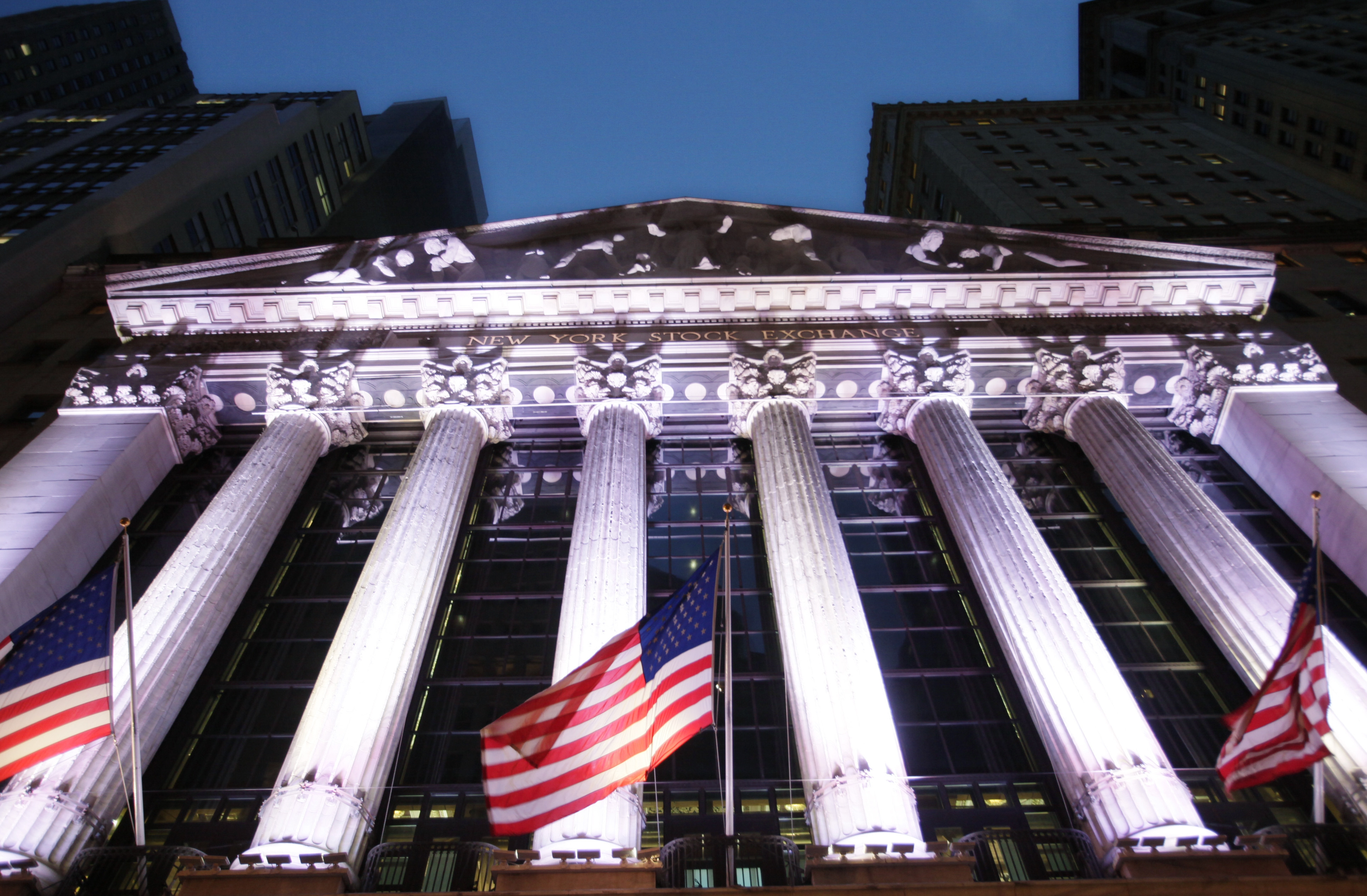 U.S. stocks saw very little change on Wednesday following a five-day rally in equities that sent the Dow Jones Industrial Average above 18,000 for the first time.