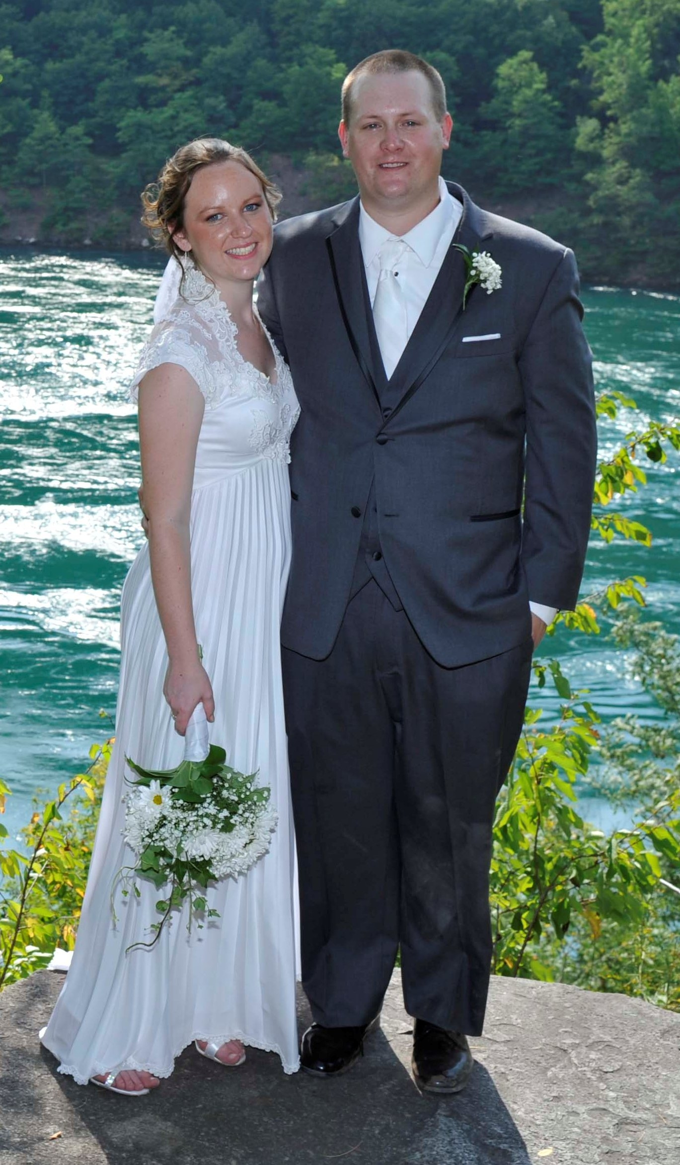 Jamie Norton and Brandon Daly are wed in Lewiston