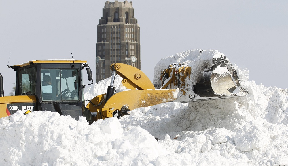 Buffalonians remember the massive winter storm of November 2014 and shrug their shoulders at the Northeast's forecast for Monday and Tuesday. (Sharon Cantillon/Buffalo News file photo)