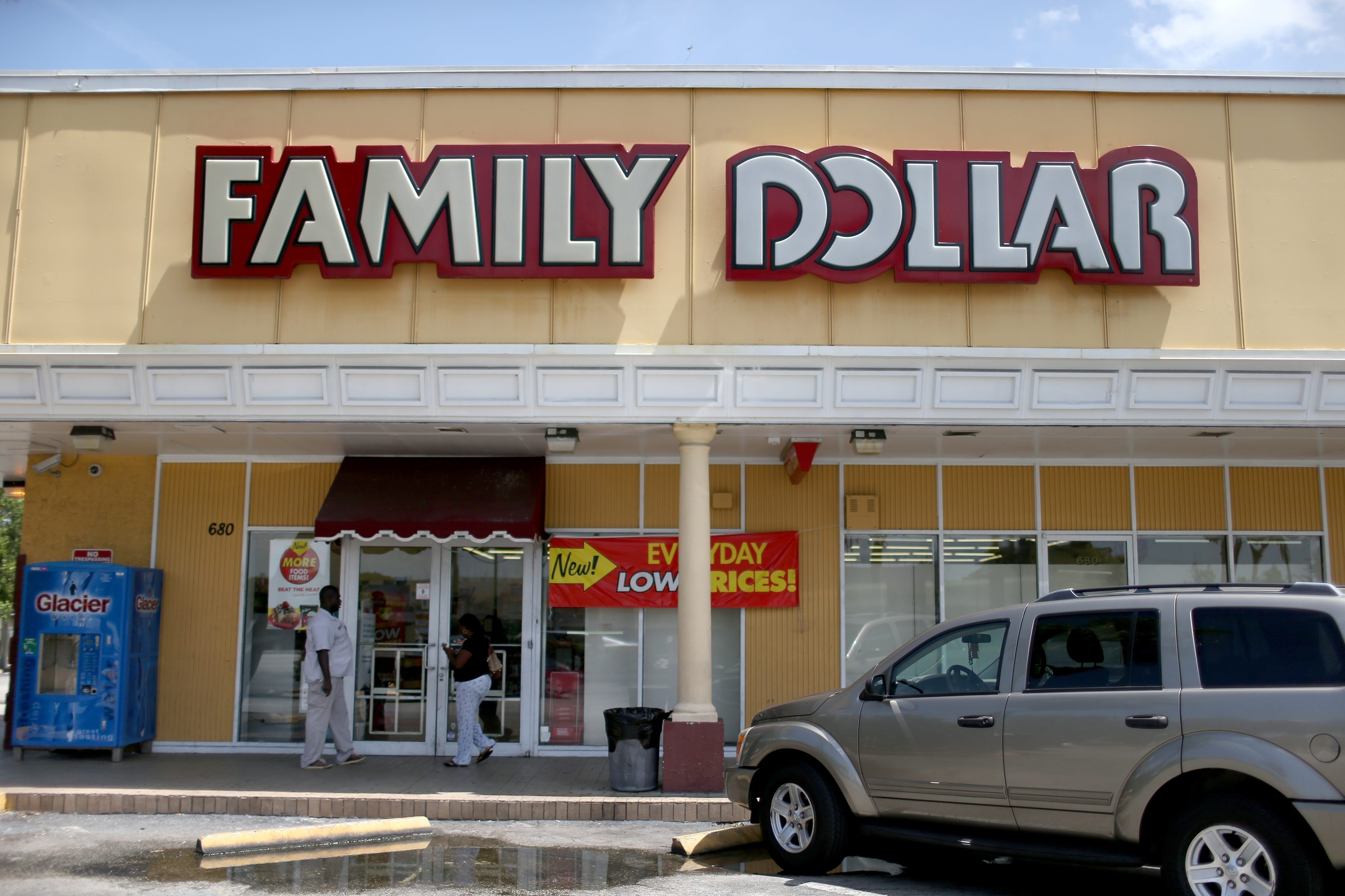 Family Dollar Stores spurned a higher takeover offer from Dollar General Corp. because it considered that move too risky and instead approved an offer from Dollar Tree Inc.