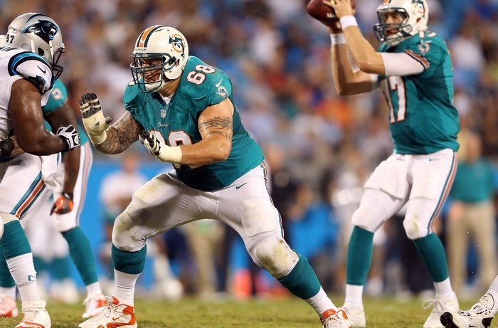 The Buffalo Bills signed offensive lineman Richie Incognito, seen here playing with Miami, in hopes he would fill a glaring need at guard. (Getty Images file photo)