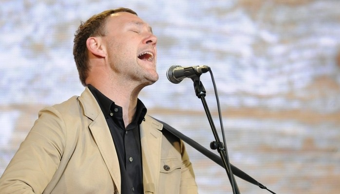 David Gray joins Amos Lee on a co-headlining bill June 20 at Artpark. (Getty Images)