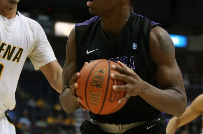 Niagara's Dominique Reid showed he has talent, scoring 24 points and grabbing nine rebounds in the loss to Siena. (James P. McCoy/Buffalo News)