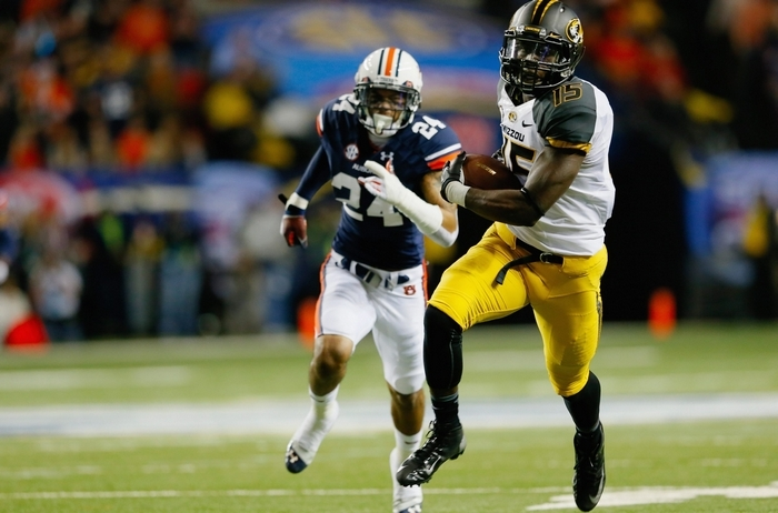 Dorial Green-Beckham would likely be a top-10 draft pick but after being kicked out of Missouri and a history of arrests, is likely to slip in the rankings. (Getty Images)
