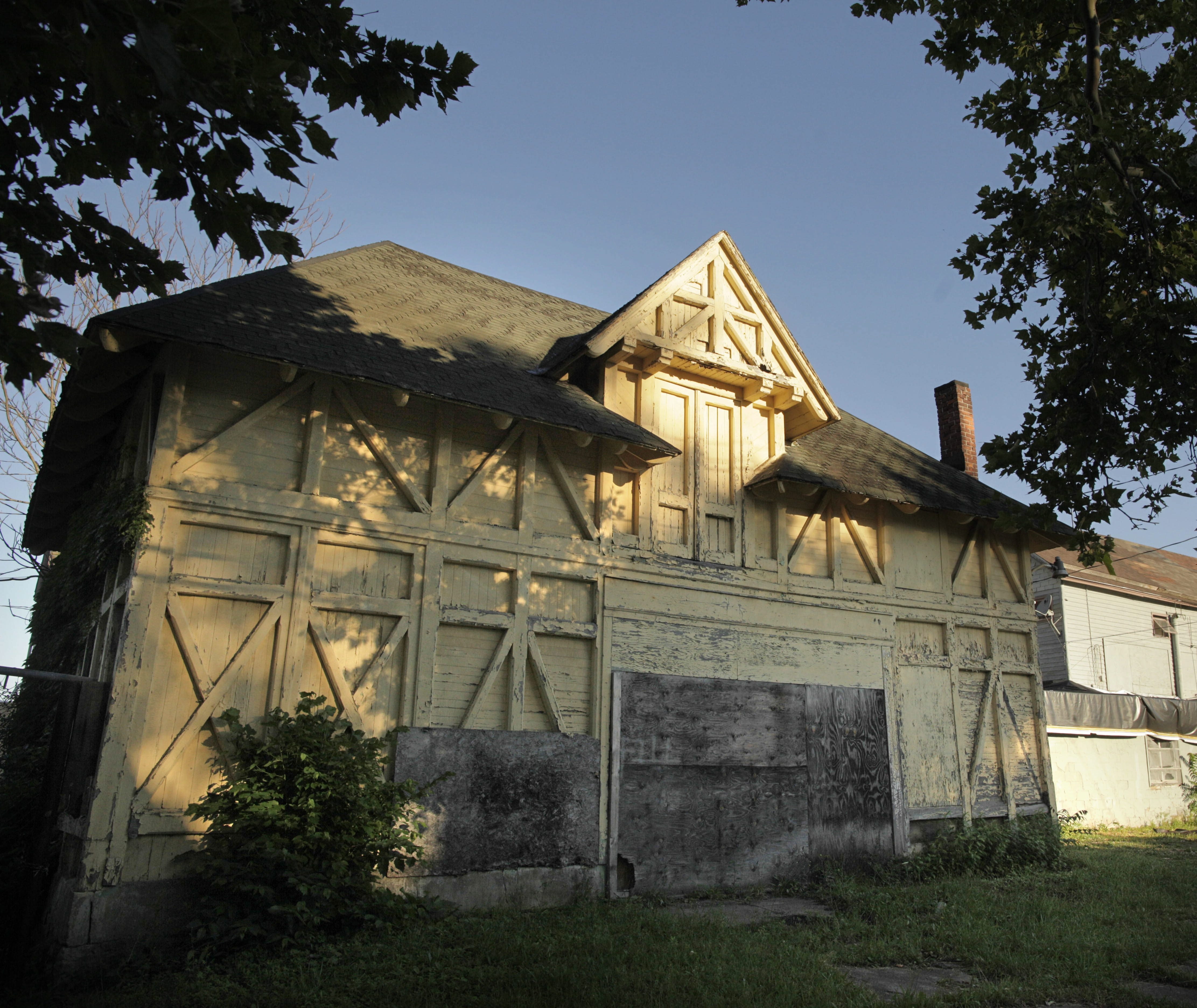 The Vaux Barn, designed by Frederick Law Olmsted's partner Calvert Vaux, is the only remaining original Olmsted Parks building. It was moved to Mills Street in 1897.