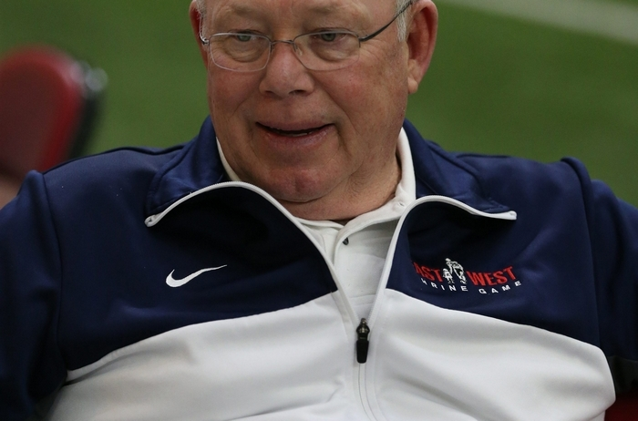 Bills senior offensive assistant Chris Palmer has more than 40 years of coaching experience. (James P. McCoy/Buffalo New)