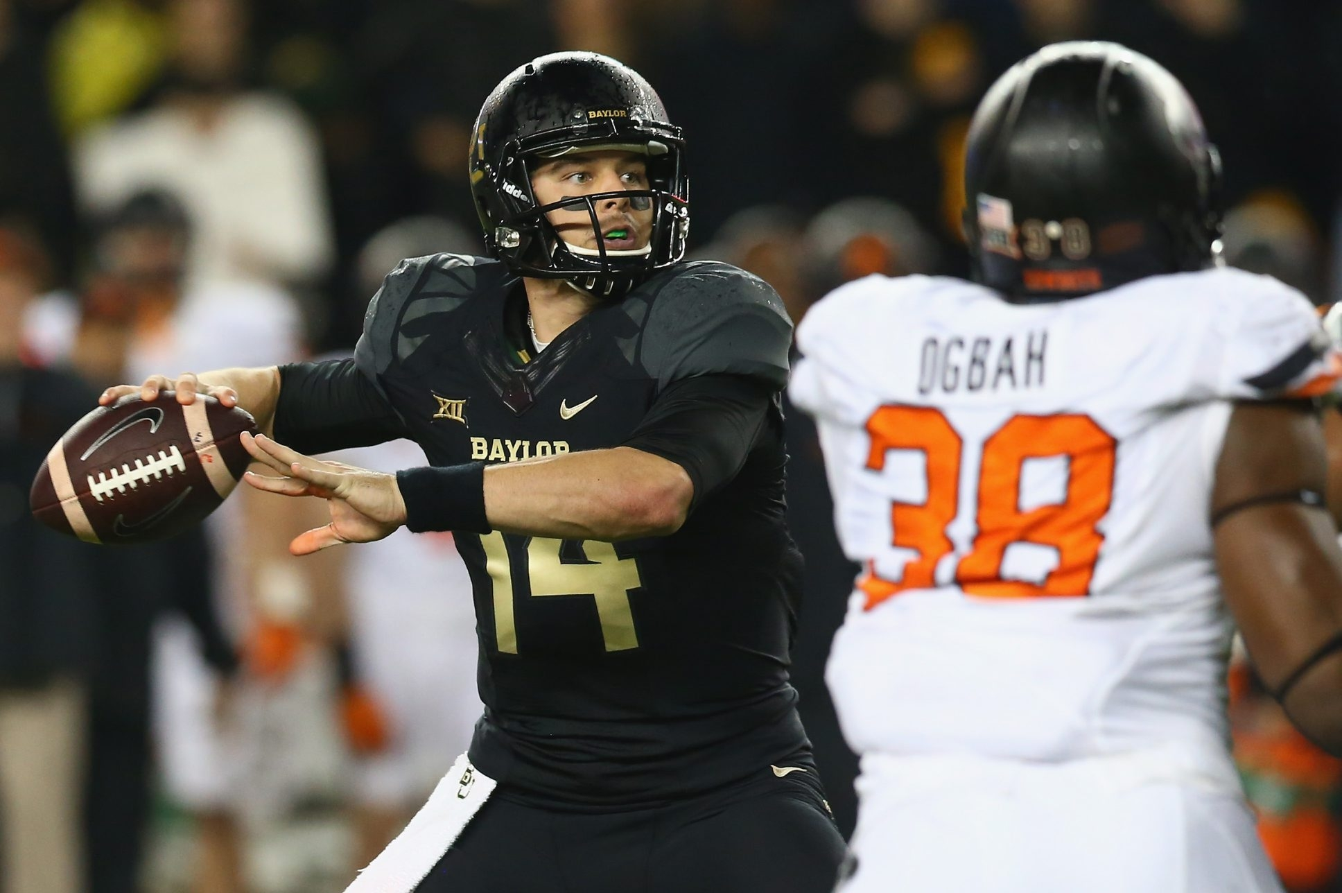 Bryce Petty led a high-powered Baylor offense to the top 10 of the polls last season. How would he look in a Bills' uniform in the 2015 season?