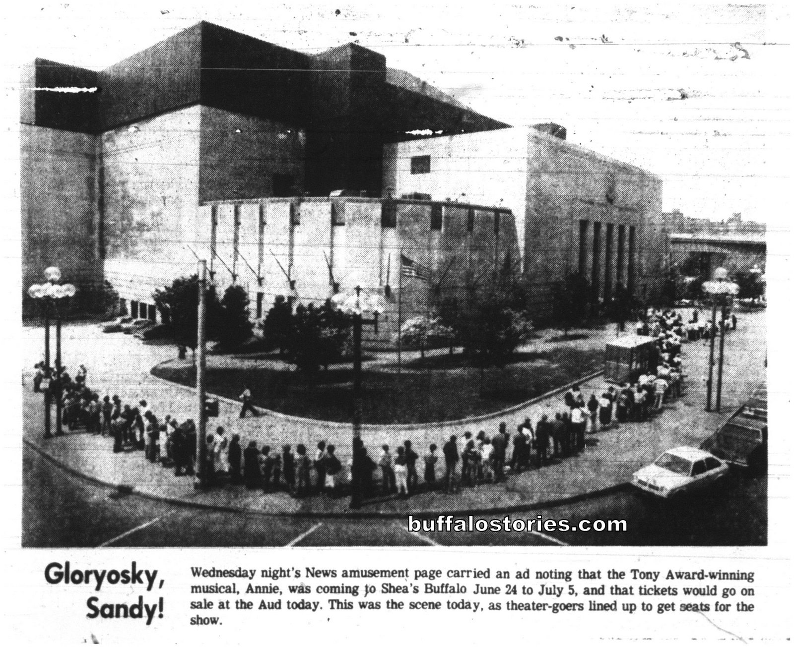 May 29, 1980: The line wraps around the Aud for 'Annie'