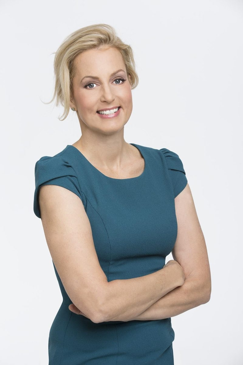 Ali Wentworth deals with anxieties and misgivings as she approaches her 50th birthday.