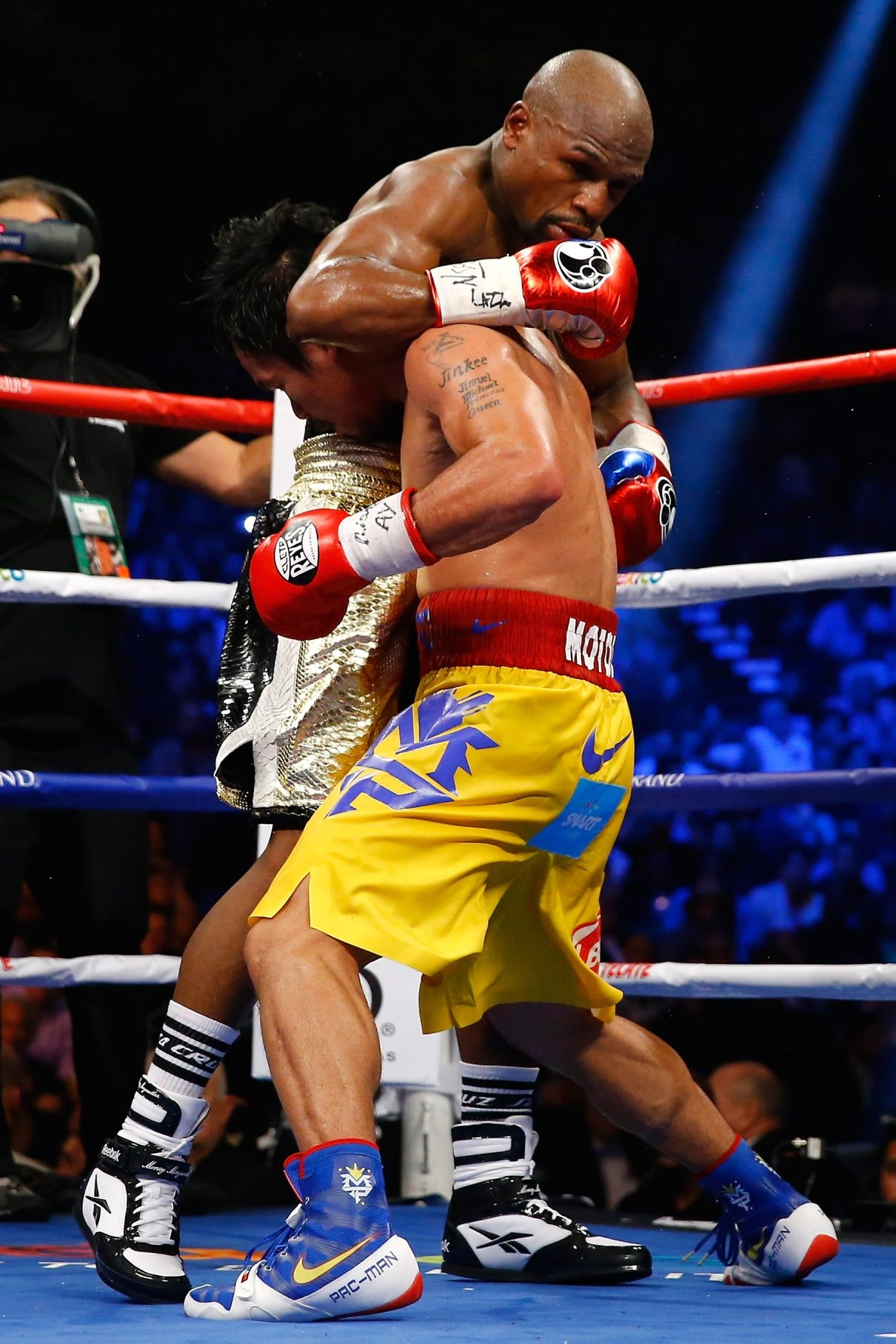 Floyd Mayweather Jr. and Manny Pacquiao's fight had too late a start for some boxing fans.