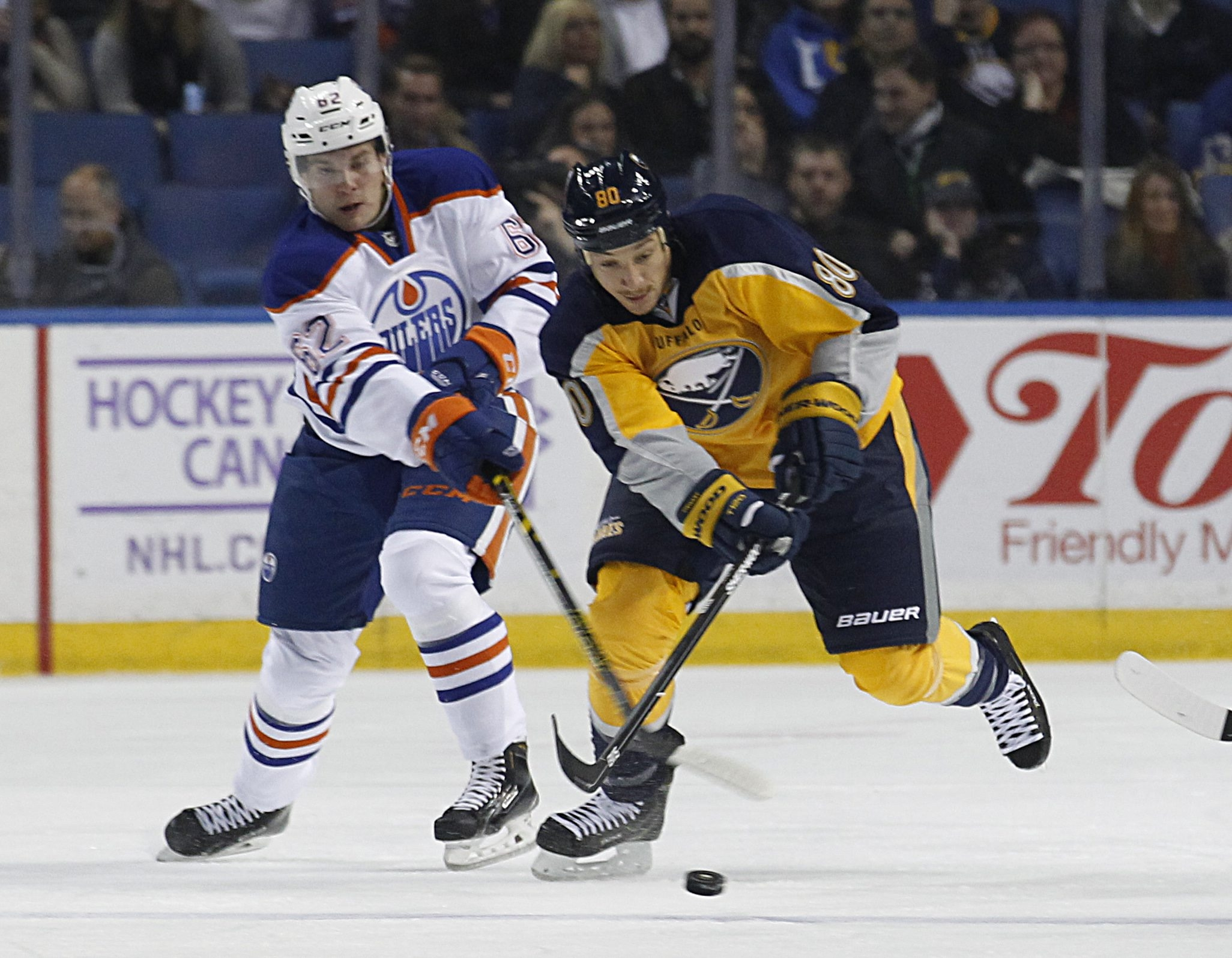 Letter writer suggests the Sabres reacquire Chris Stewart and put him on a line with Sam Reinhart and Evander Kane.