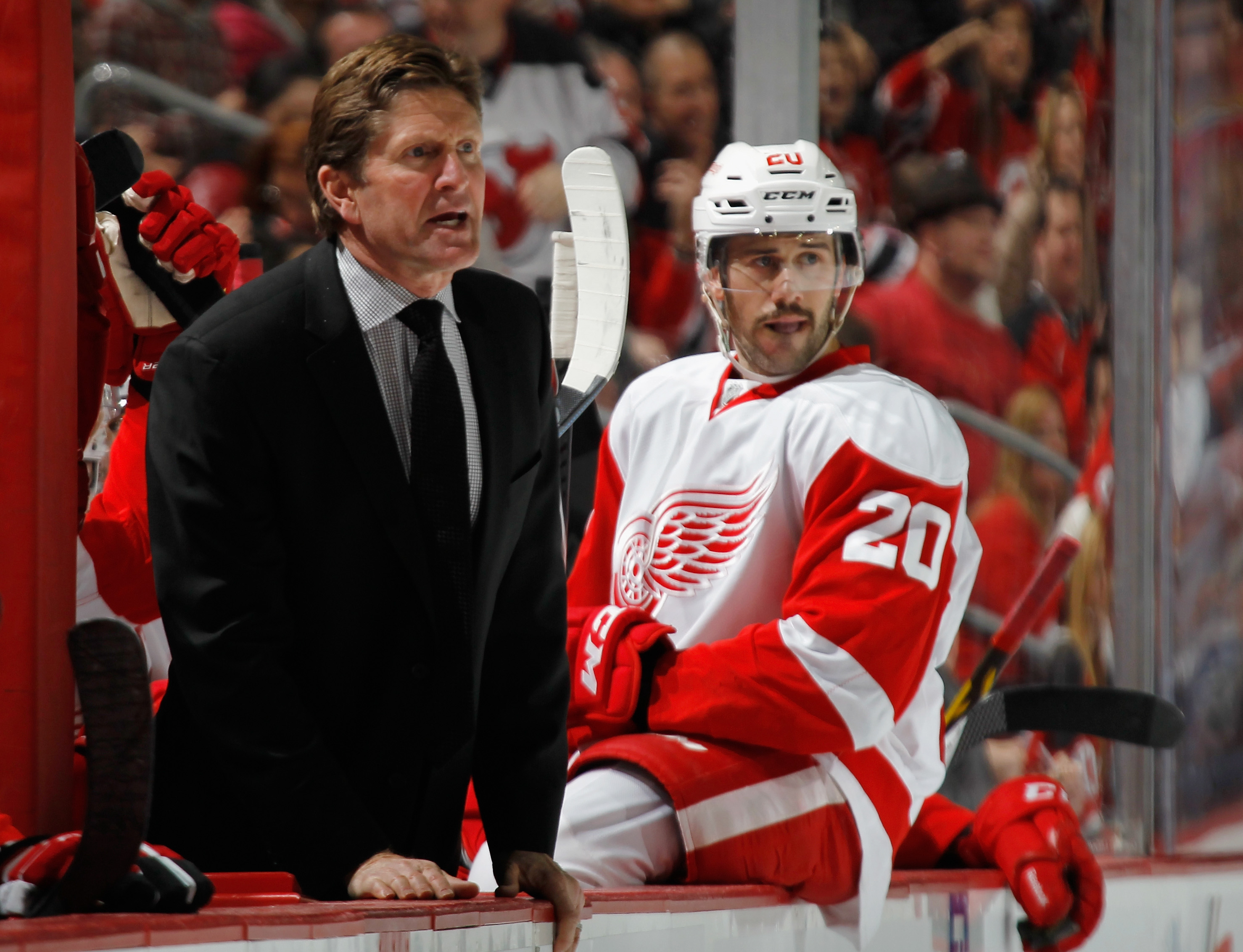 Mike Babcock, arguing a call early this season, could be the most important NHL person to hit the market this summer. (Getty Images)