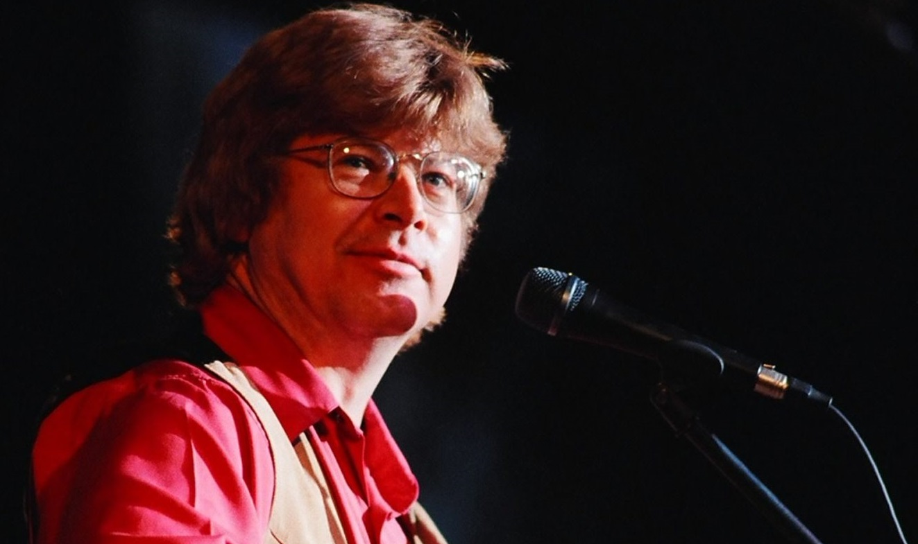 Jim Curry will perform the music of John Denver with the Buffalo Philharmonic Orchestra.