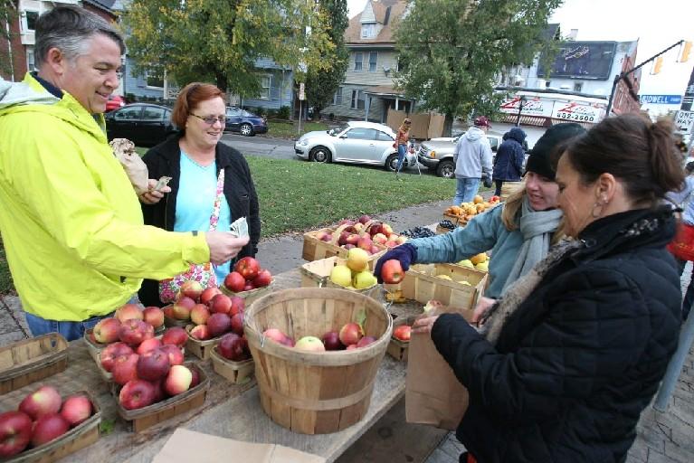 The Elmwood-Bidwell Farmers Market debuts for the growing season next Saturday. (John Hickey/Buffalo News file photo)