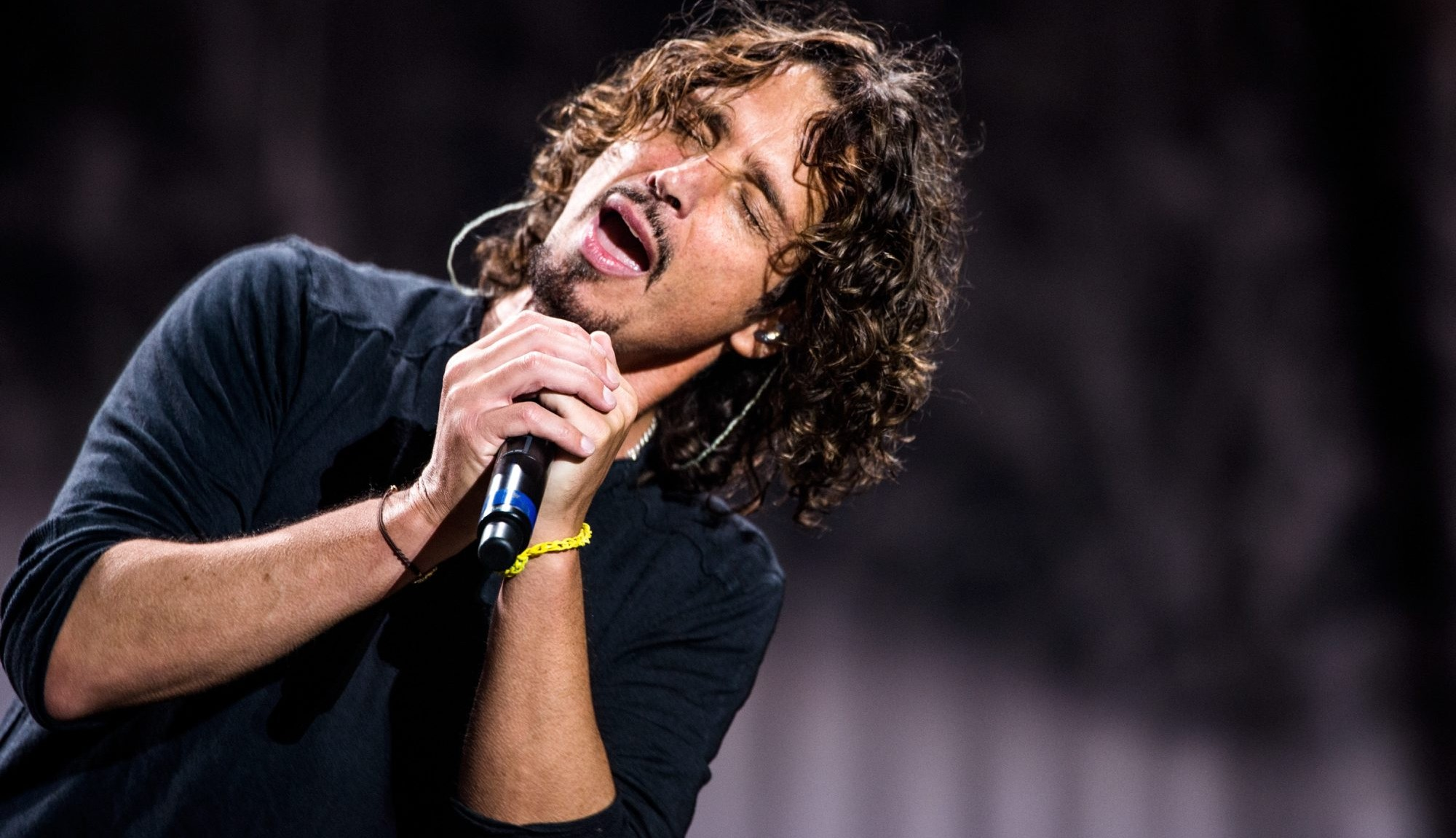Chris Cornell performs Oct. 11 at the University at Buffalo Center for the Arts. (Getty Images)