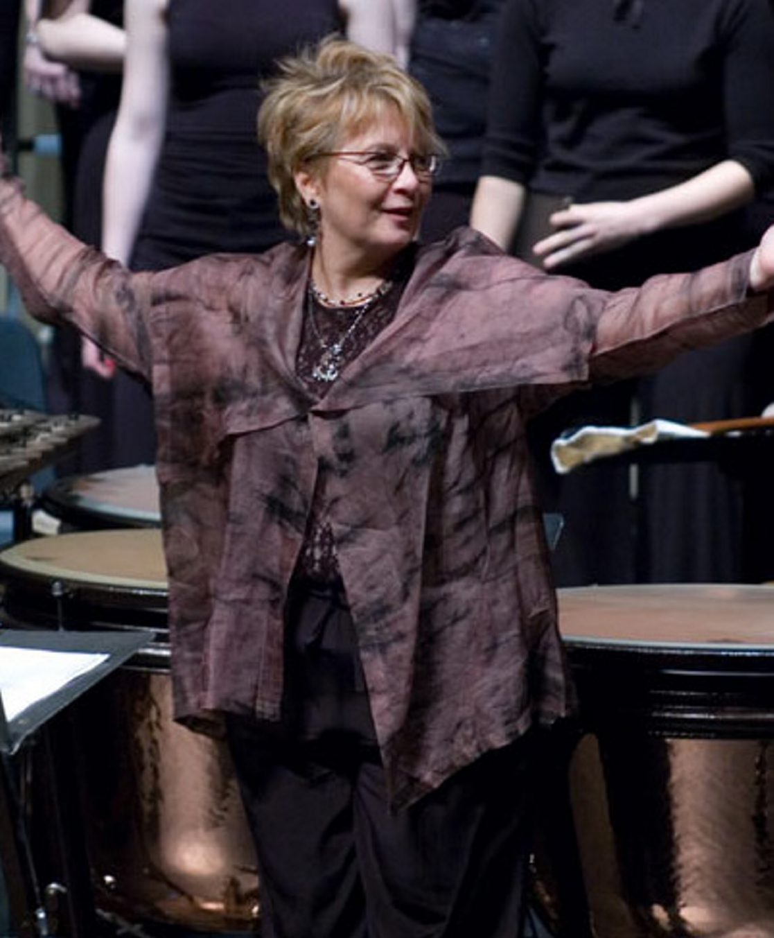 Doreen Rao returns to conduct three choirs in St. Joseph Cathedral.