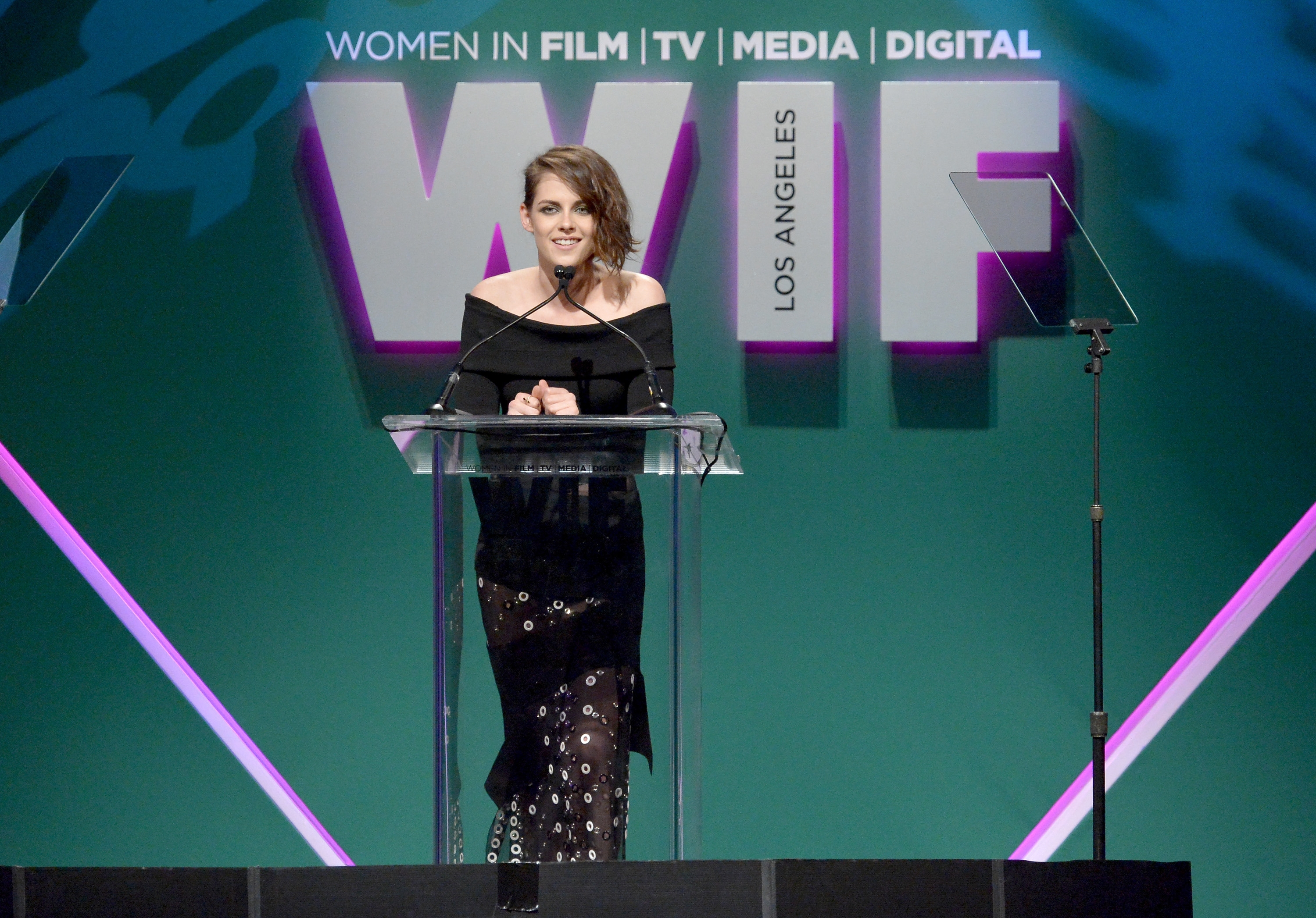 Kristen Stewart, at the Women in Film 2015 Crystal and Lucy Awards, despises intrusions into her personal life.