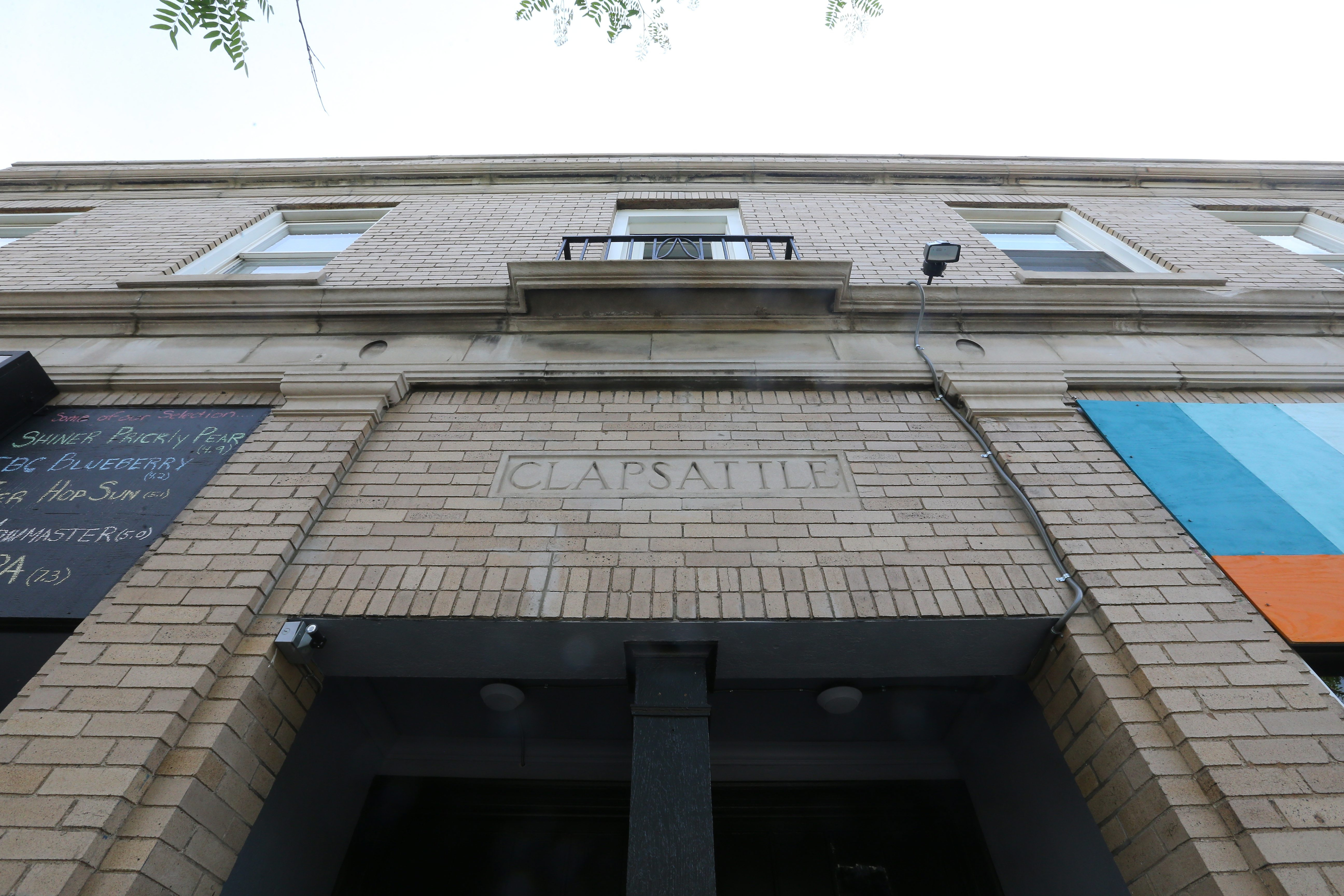 435 Third, a building formerly on the brink of demolition, houses eight newly renovated apartment units in Niagara Falls. Six of the eight units in the building have already been rented out after only two months on the market.