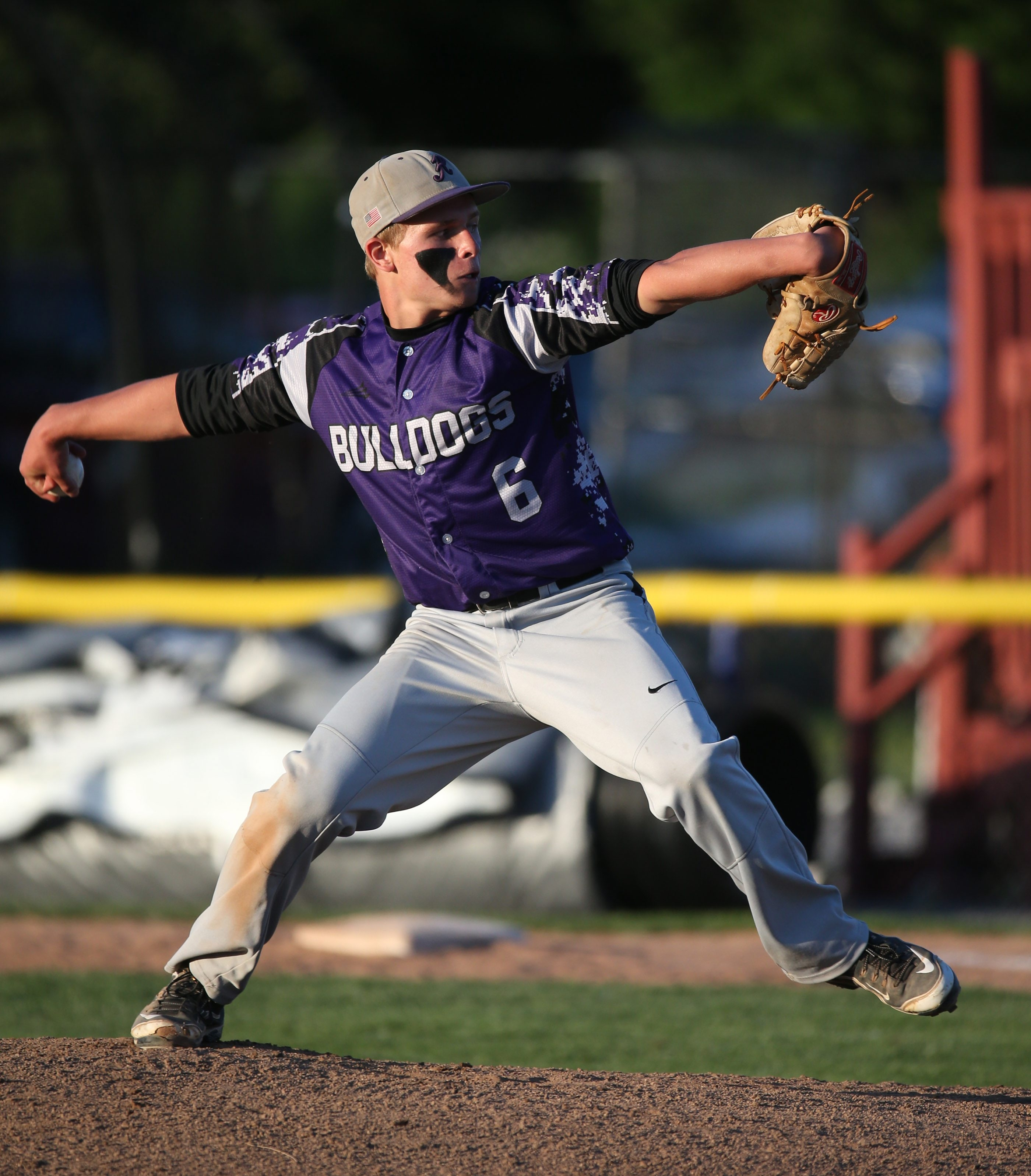 Hamburg's Jake Mertowski was the starter for the Bulldogs in their win in the Far West Regionals.