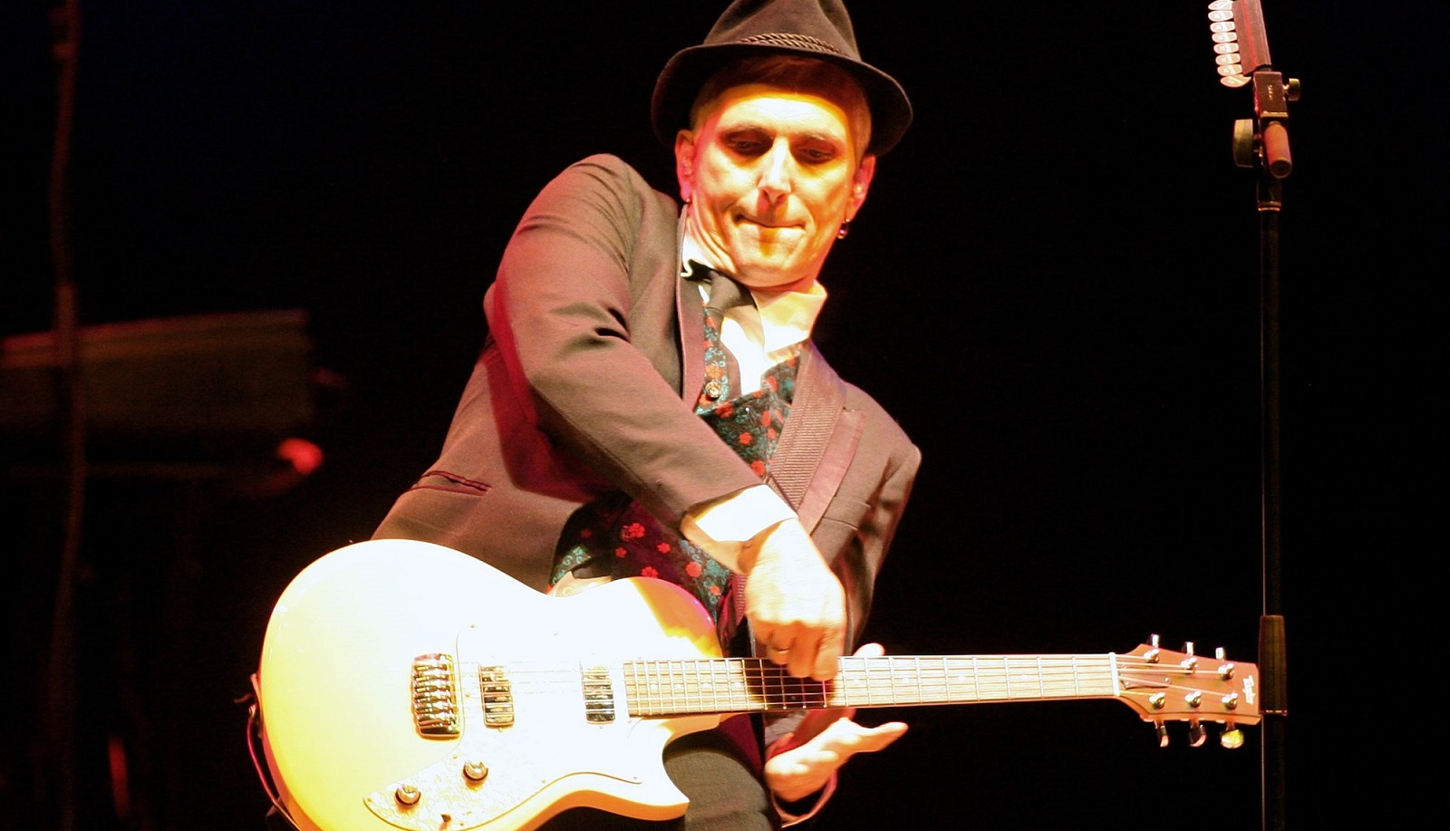 Art Alexakis and Everclear headlined a strange Summerland Tour bill, according to News reviewer Jeff Miers. (Getty Images)