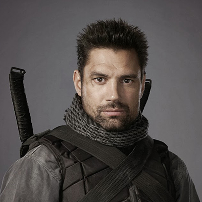 Manu Bennett is one of the many celebrities who will appear at Niagara Falls Comic Con.