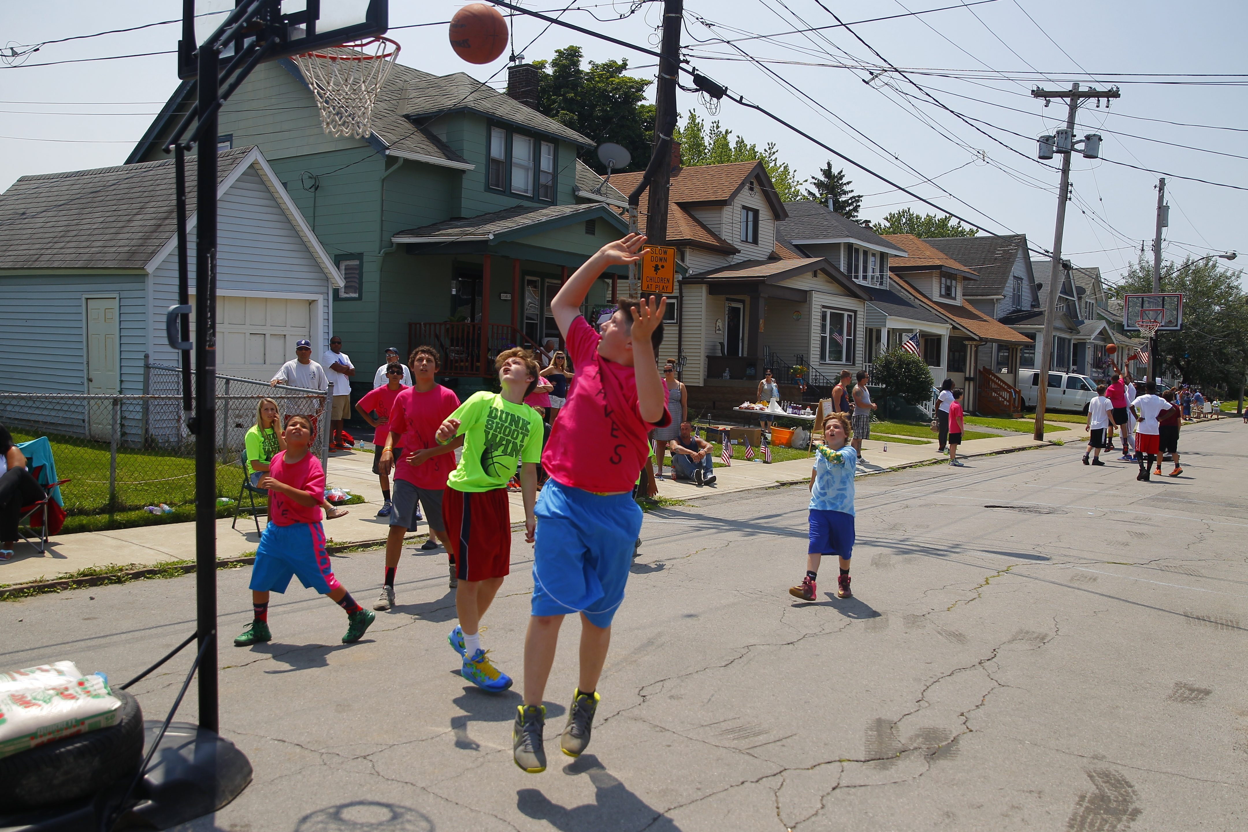The Braves play the Splash Brothers in a three-on-three basketball tournament  organized by Evan Harper, of Discovery School. Harper hosted the basketball tournament to raise funds for Kayla Iadresin, his 13-year-old classmate with leukemia. The event raised $380.