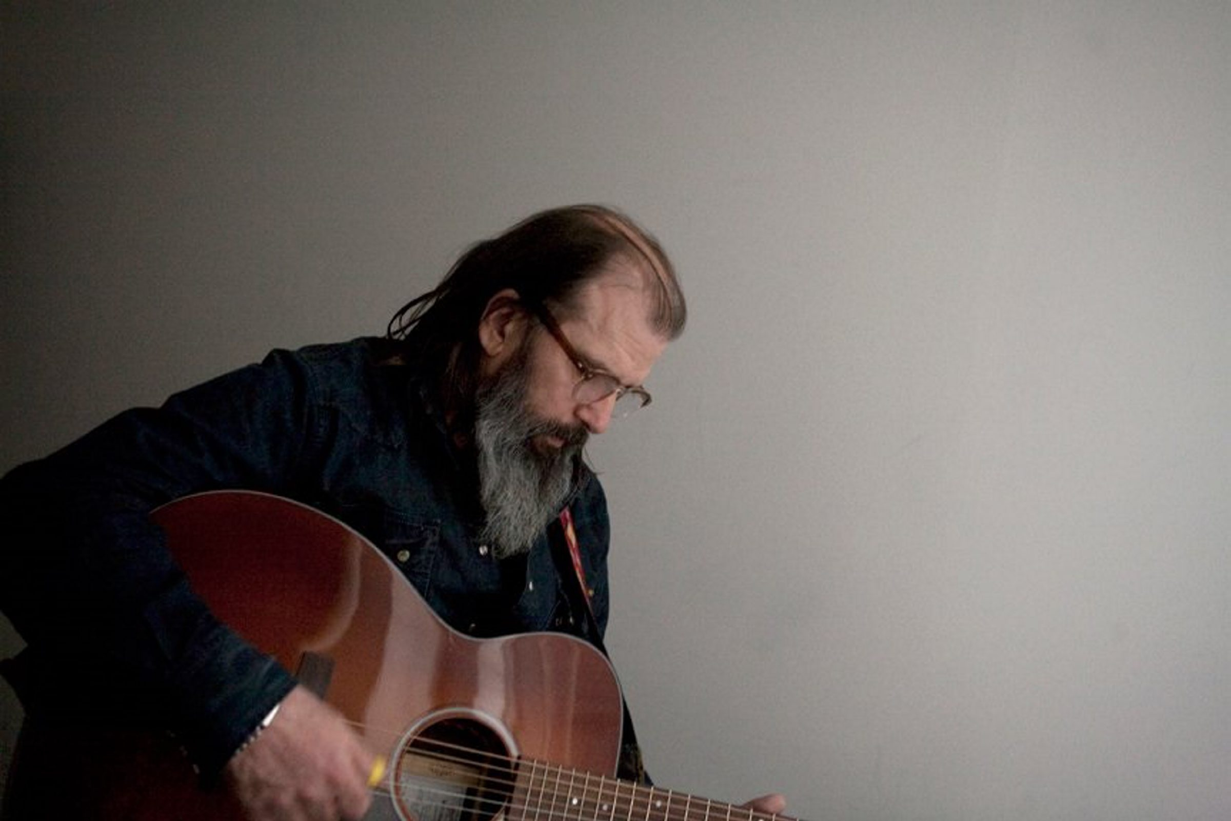 Steve Earle performs Tuesday at Iron Works.