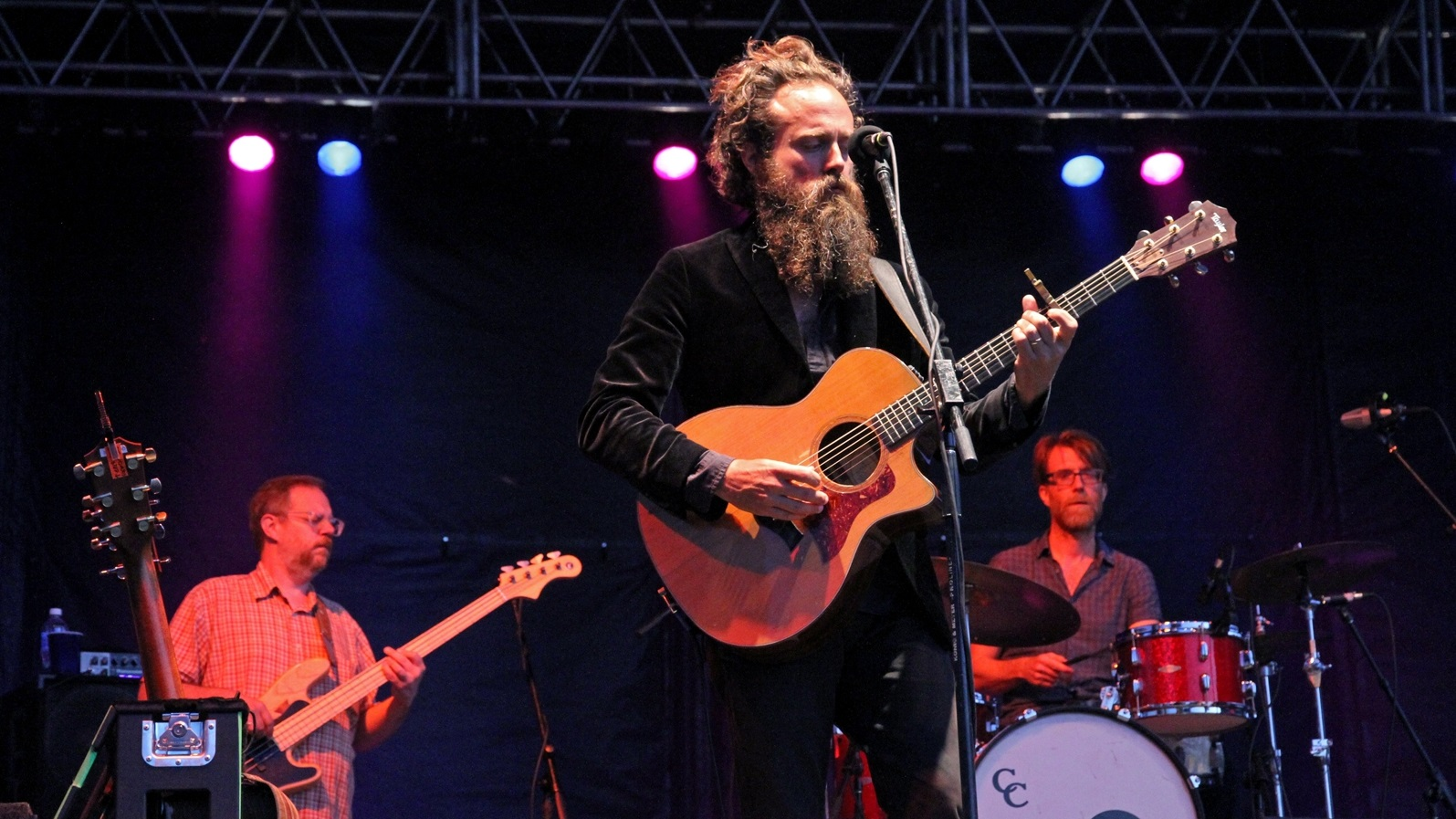 Sam Beam of Iron and Wine was one of the two co-headliners at Canalside Free Thursdays. (Erica Morano/Special to The News)