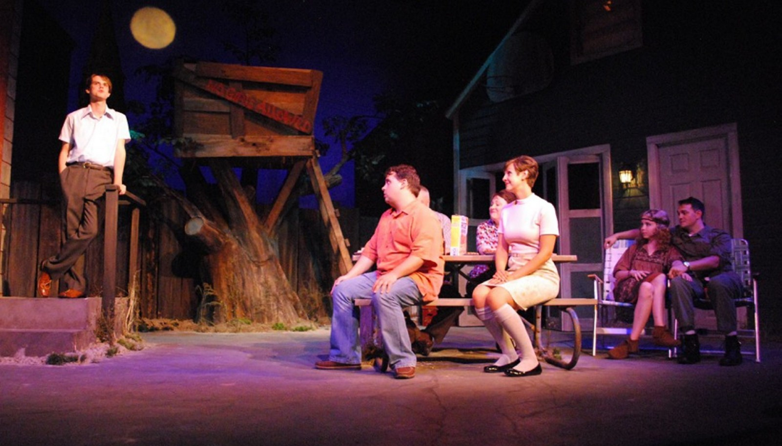 Tom Dudzick directs his play 'King o' the Moon'  in the Kavinoky Theatre.