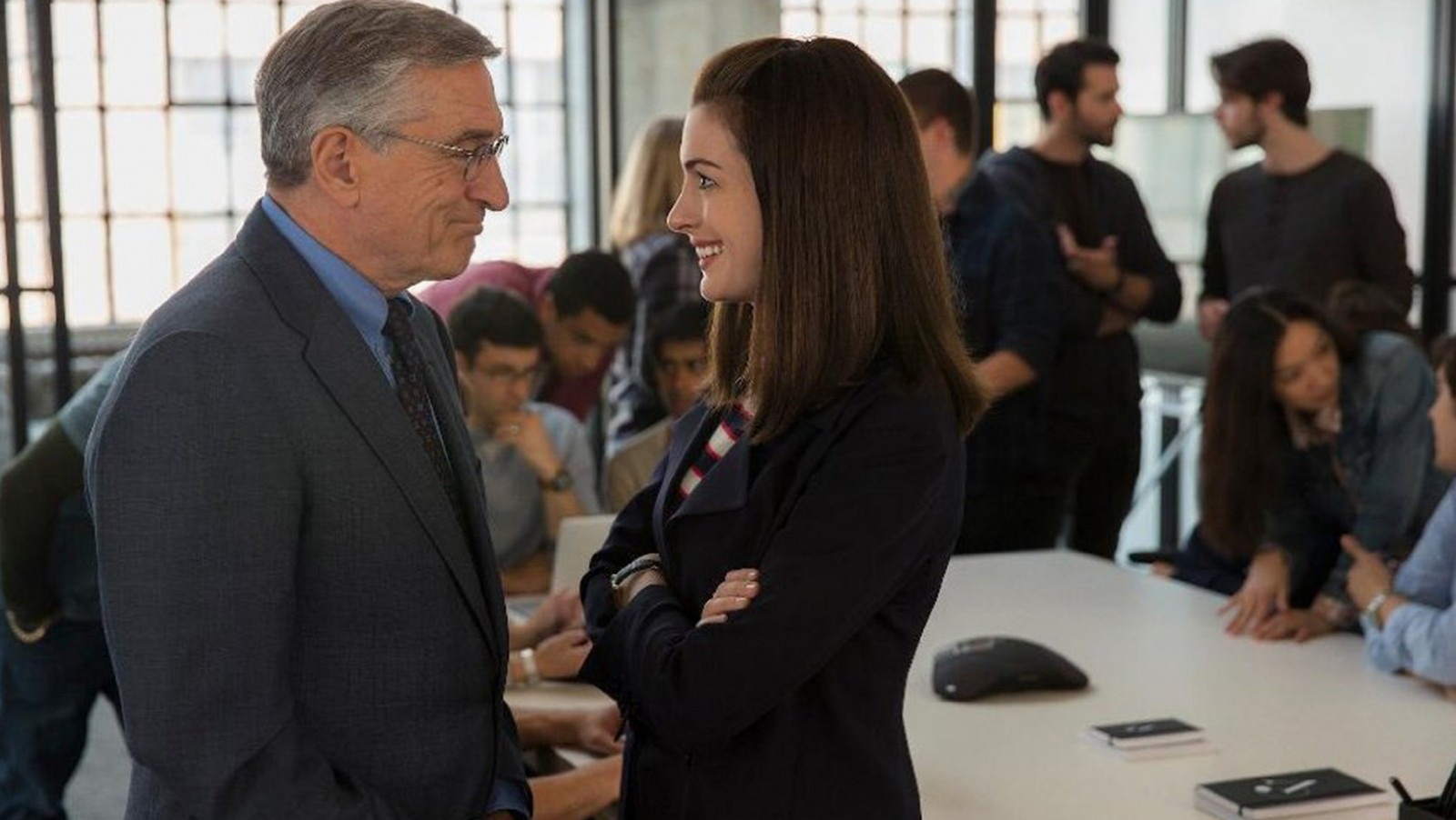 Robert De Niro and Anne Hathaway star in 'The Intern.'