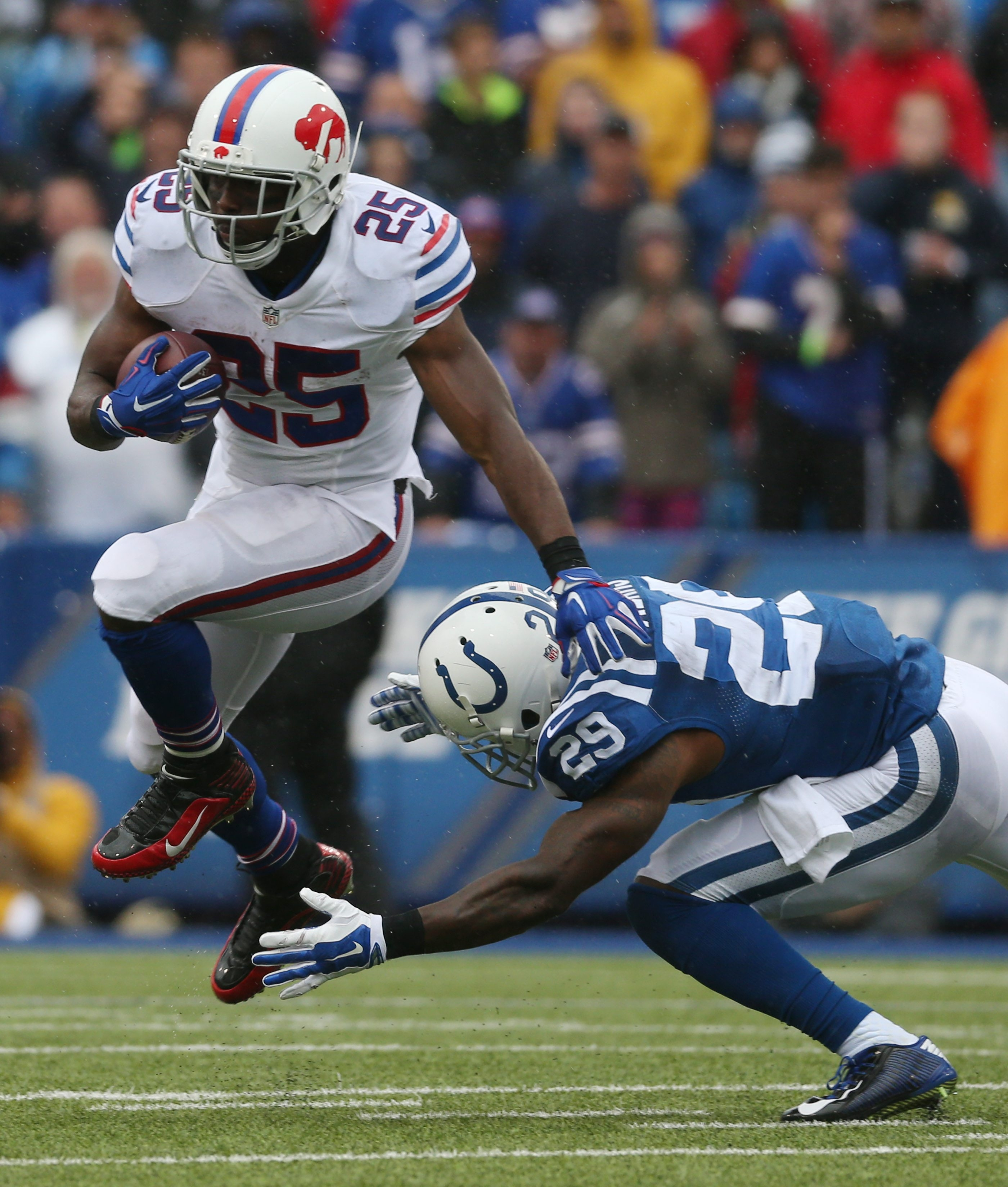 Bills running back LeSean McCoy had some trouble getting running room against the Colts on Sunday, and the fans noticed it.