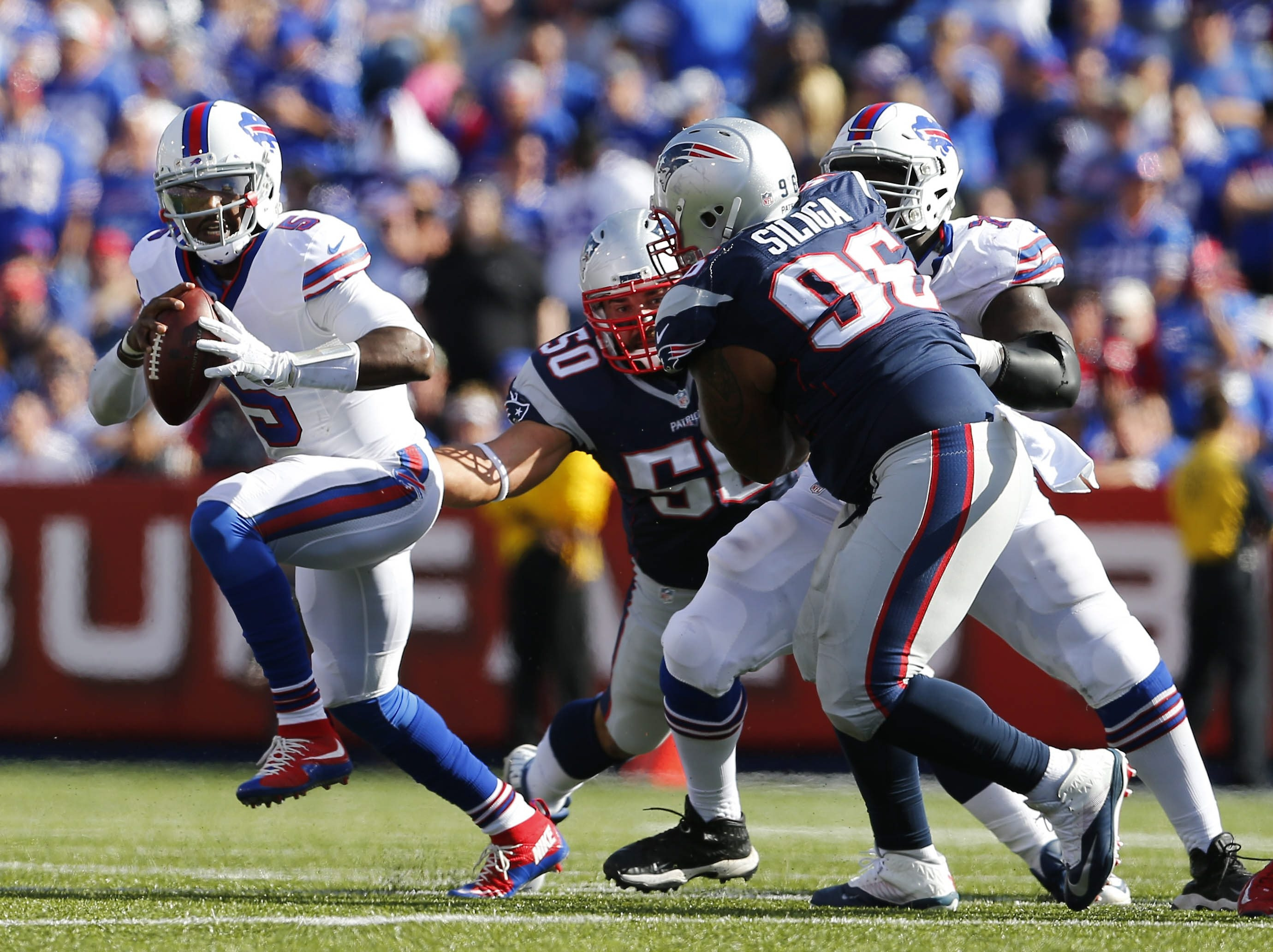 Buffalo Bills Tyrod Taylor is flushed from the pocket during the fourth quarter at Ralph Wilson Stadium in Orchard Park, N.Y. on Sunday, Sept. 20, 2015.     (Mark Mulville/Buffalo News)