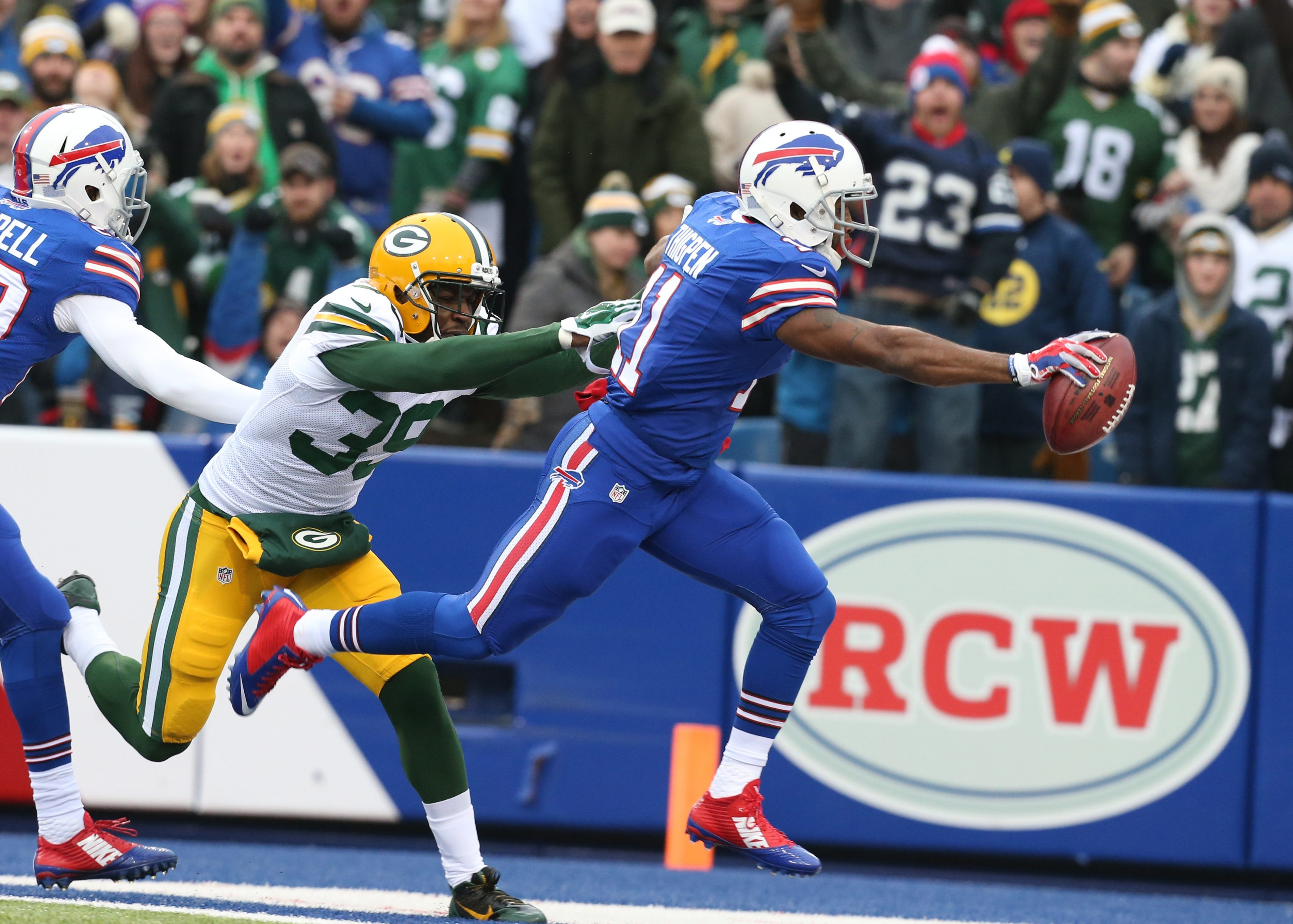 Buffalo Bills running back Marcus Thigpen scores on this punt return against Green Bay last December. He gets to face one of his former teams this Sunday in the Miami Dolphins.  (James P. McCoy/Buffalo News)