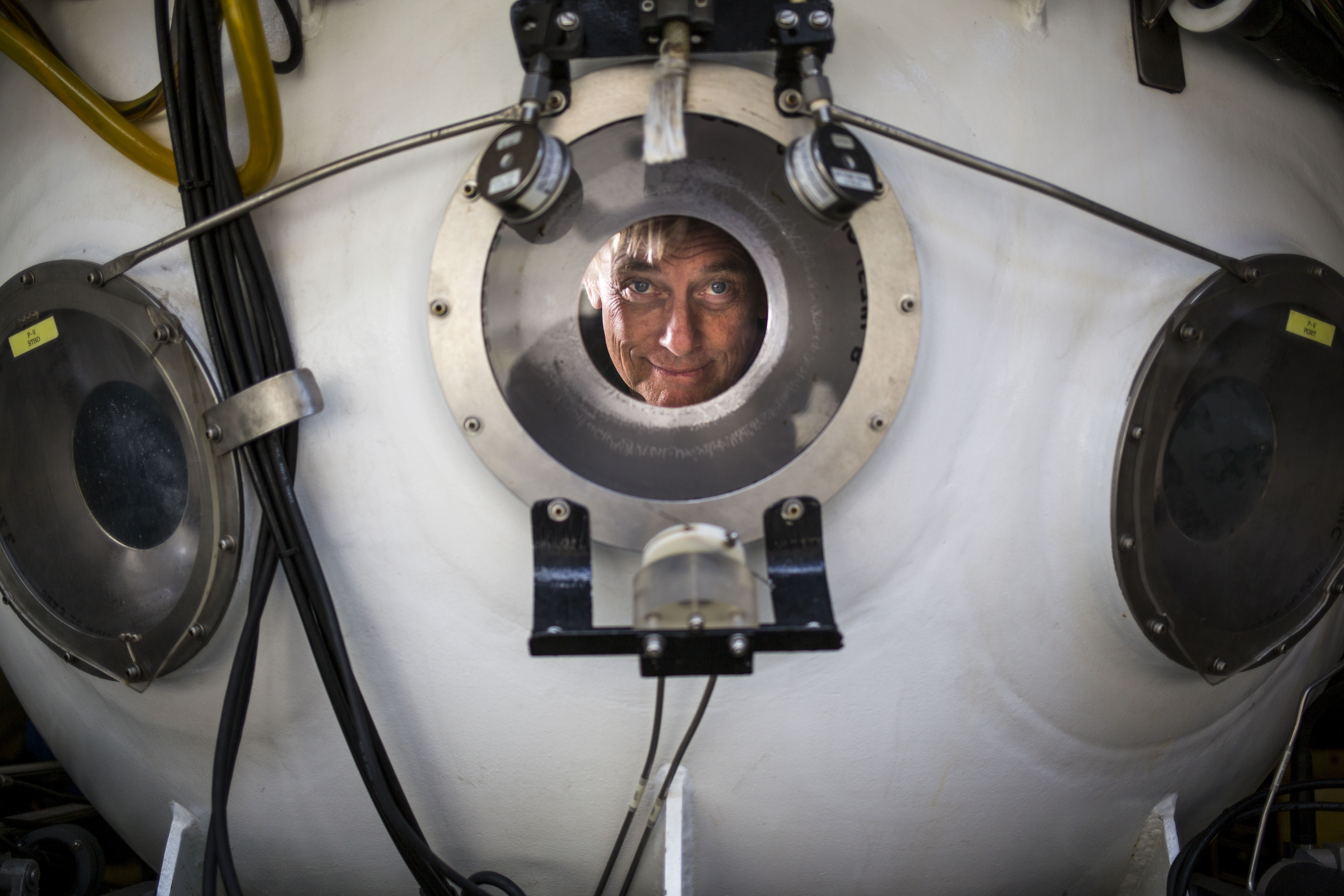 Terry Kerby, the Director of Facilities and Submersible Operations at the Hawaii Undersea Research Laboratory in the personnel sphere of the Pisces V.