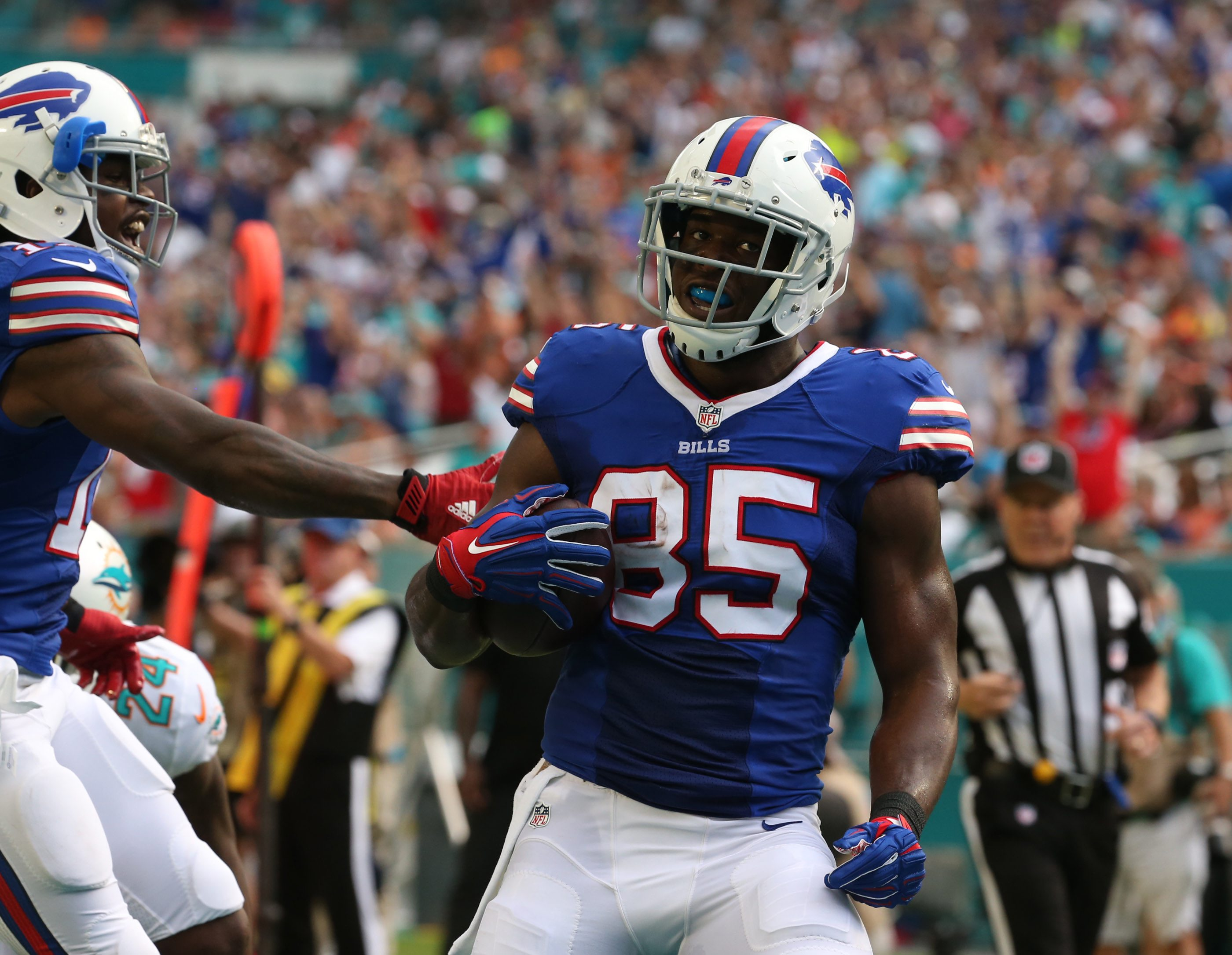 Tight end Charles Clay is one of several receiving options for the Bills. (James P. McCoy/ Buffalo News)