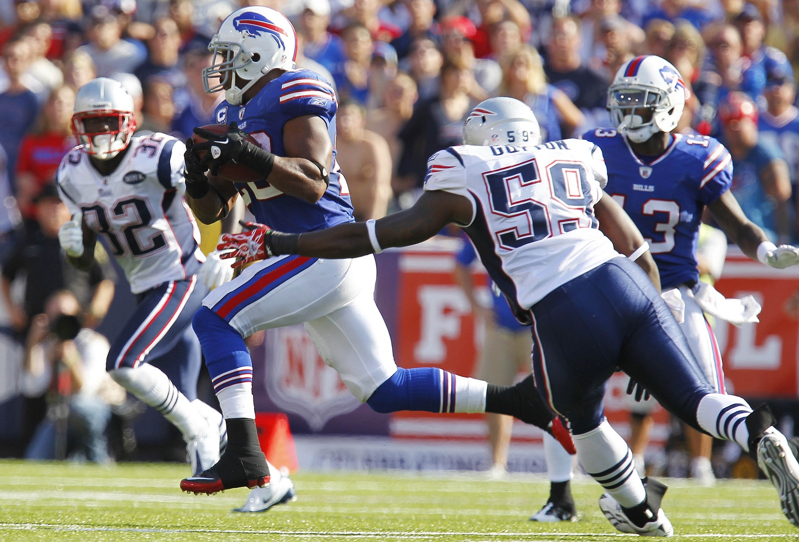 Bills running back Fred Jackson has captured Western New Yorkers' hearts like fewer players have during Buffalo's playoff drought. (Mark Mulville/Buffalo News)