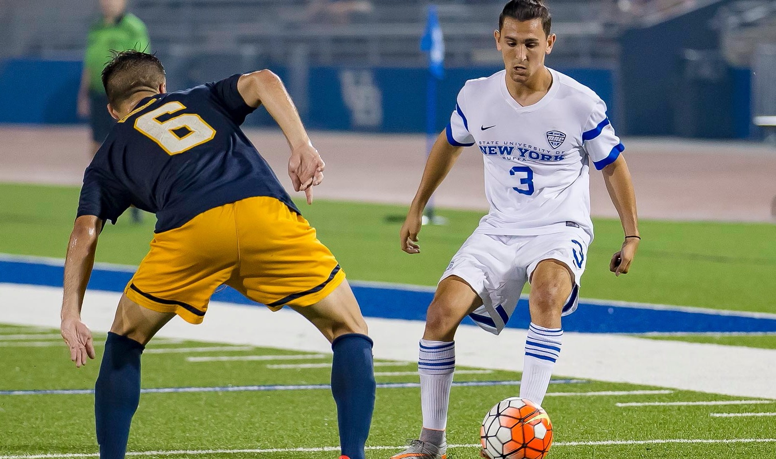 Daniel Cramarossa, right, and UB face a crucial MAC match on Friday night. (Don Nieman/Special to The News)