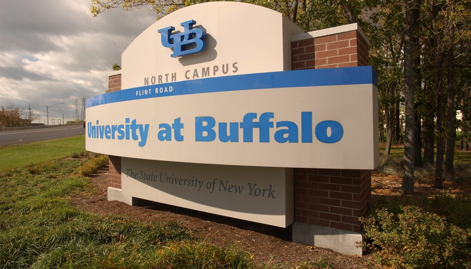The University at Buffalo has done good work in its drive to secure an endowment of $650 million. (Robert Kirkham/News file photo)