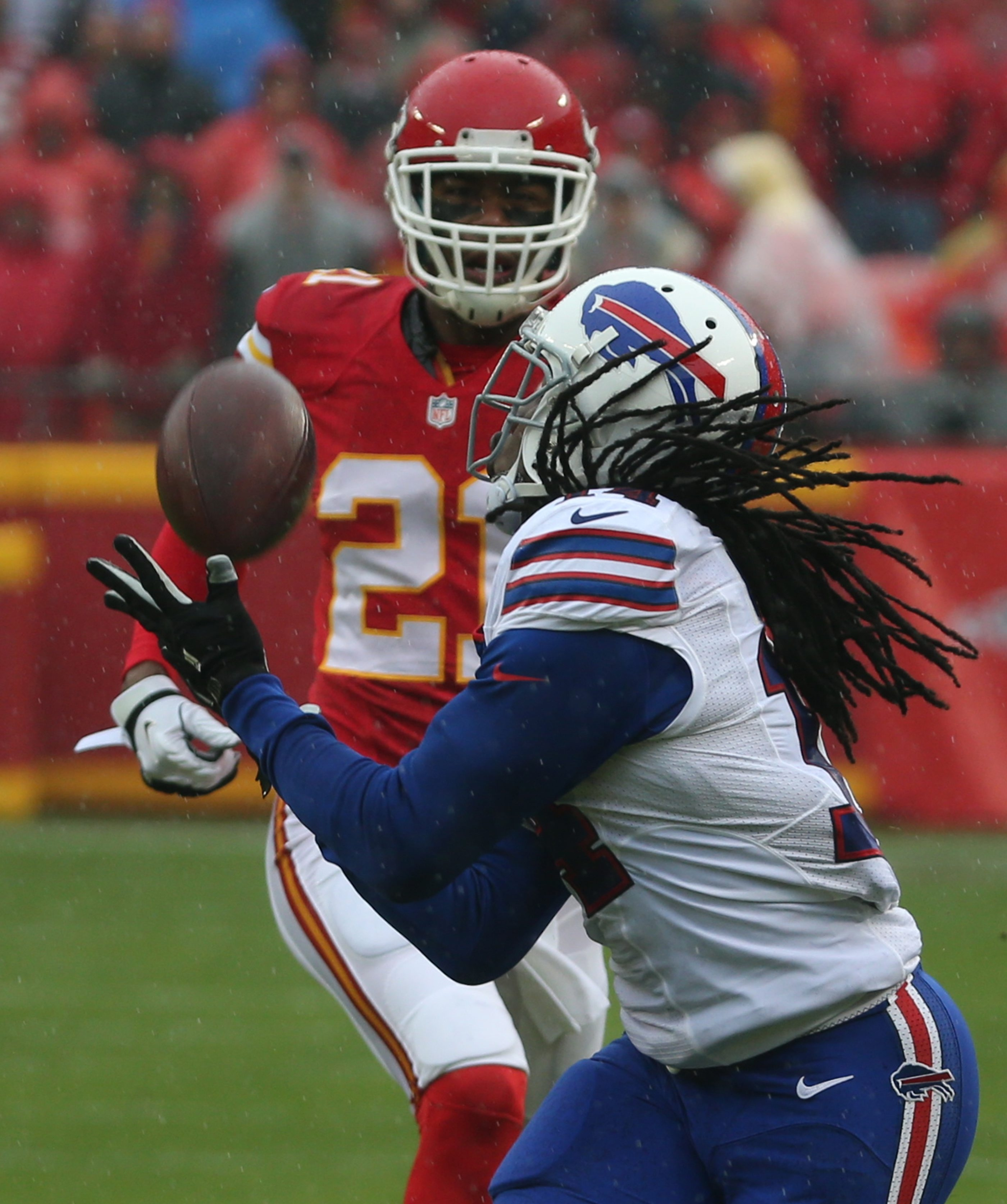 Bills receiver Sammy Watkins beats Chiefs cornerback Sean Smith in the first quarter. Watkins had 158 yards receiving in the first half, but no catches in the second half.