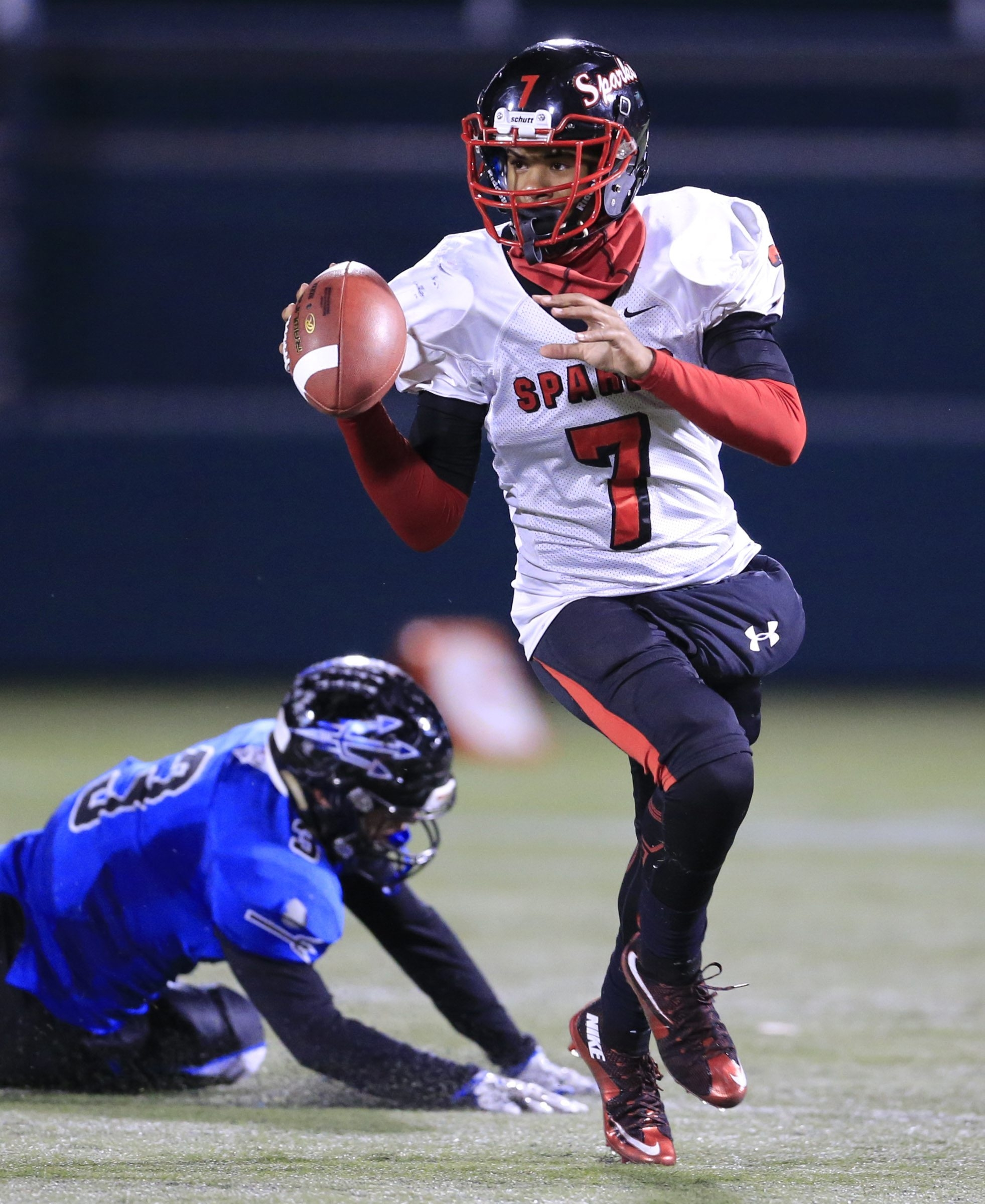 South Park quarterback Tyree Brown will enjoy playing in the climate-controlled dome stadium in Syracuse on Friday.