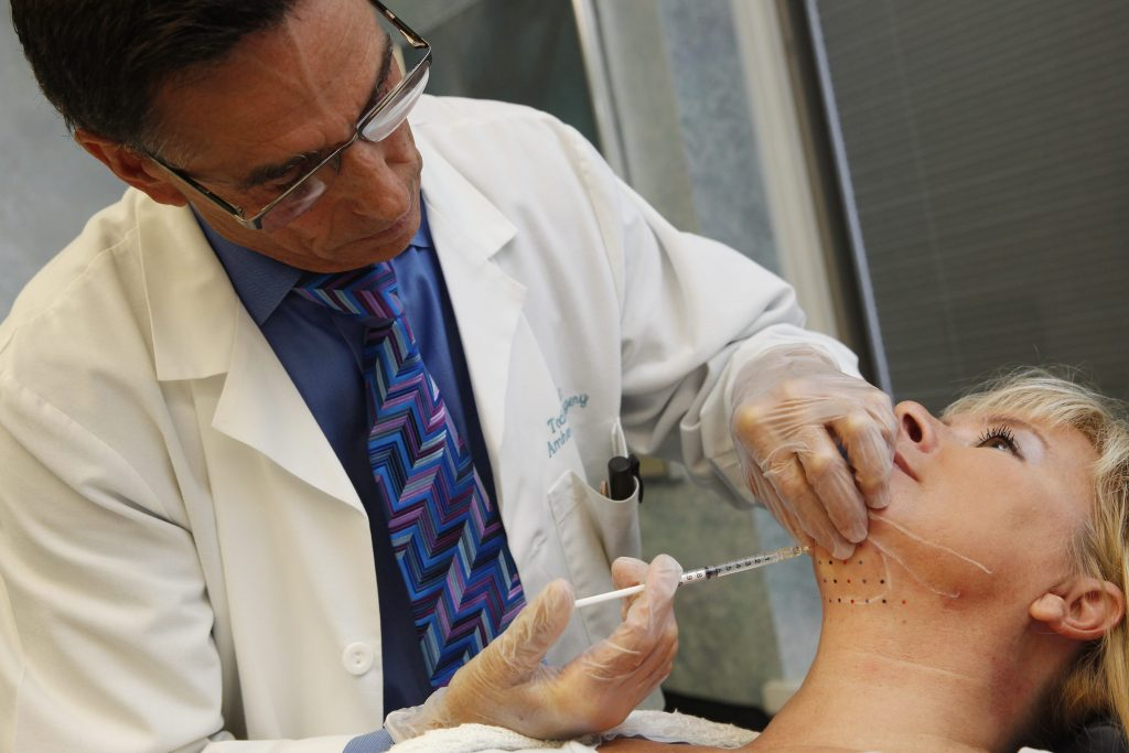 Amherst doctor first in region to administer new fat-melting