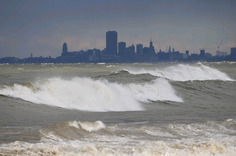 u2018witch of november u2019 brews up wickedly windy weather  gusts