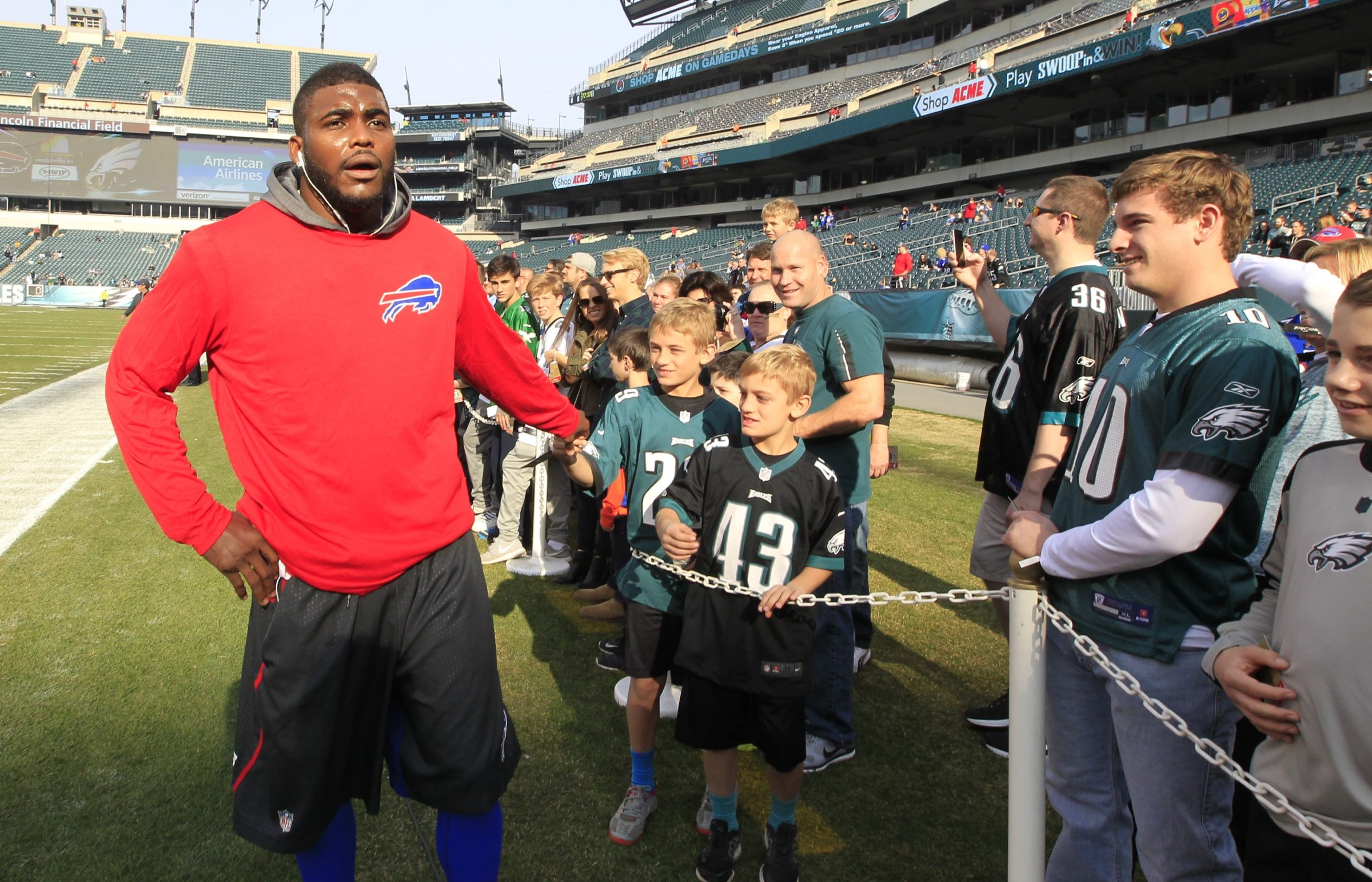Aaron Williams would like to see teammates Eric Wood, Richie Incognito, Corey Graham, and Tyrod Taylor take leadership roles. with the Bills.    hasn't played since Oct. 11, but      greets Philadelphia Eagle fans at Lincoln Financial Field on Sunday, Dec. 13, 2015.  (He points to other veterans – such as center    – who do their share to help lead at a time when the Bills need it the most.  )