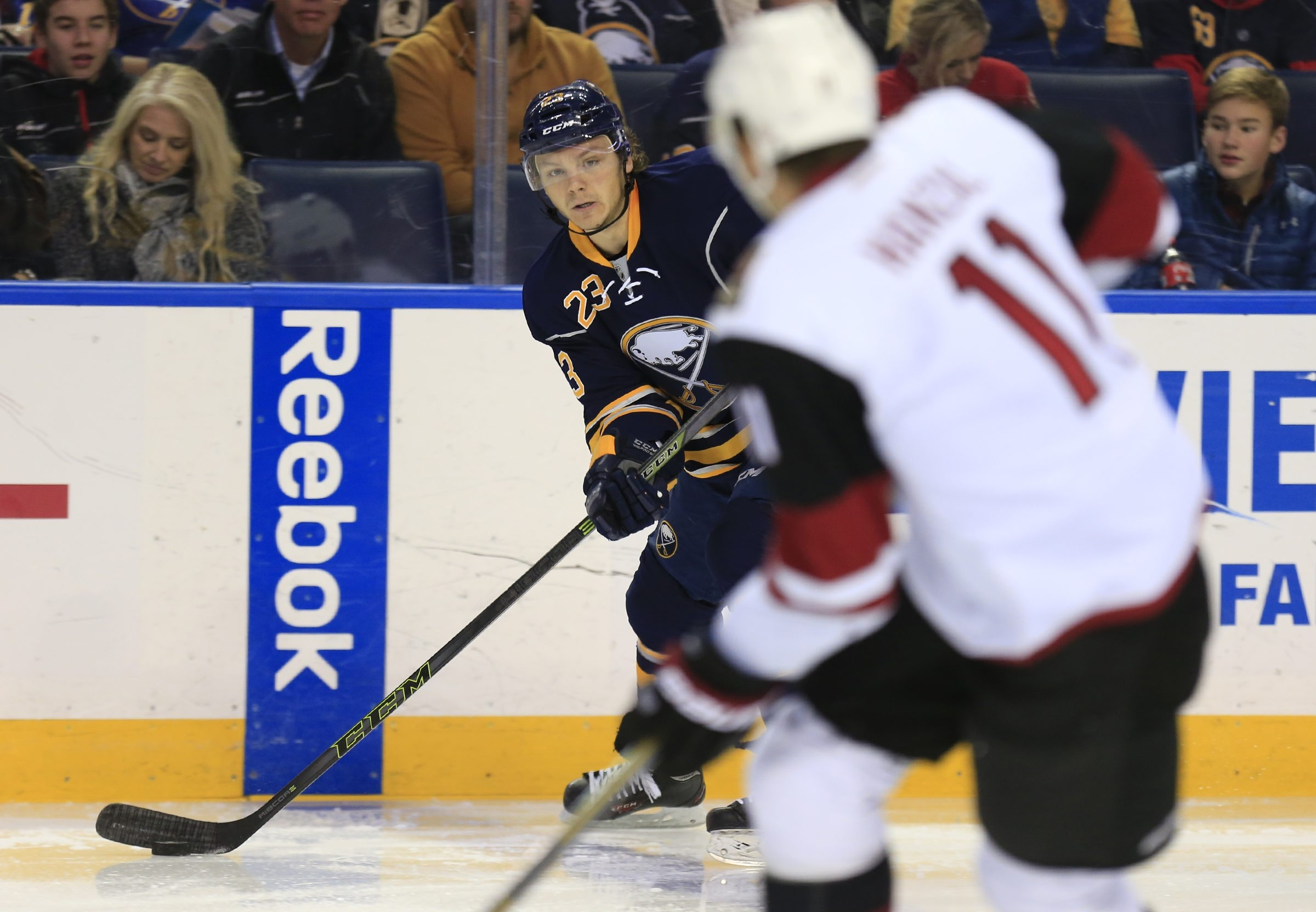 Sam Reinhart moves the puck against the Arizona Coyotes during the first period Friday at First Niagara Center.